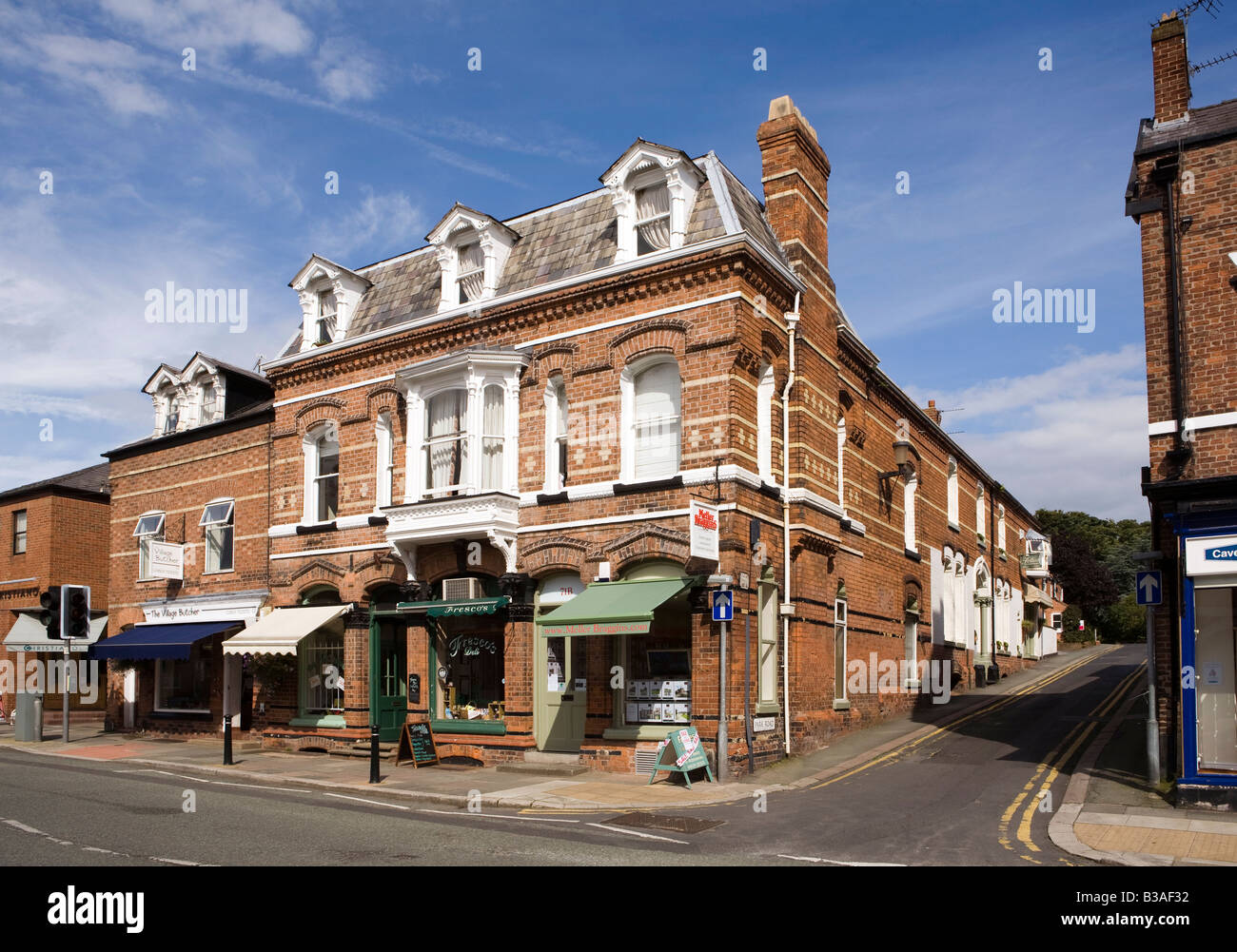 UK Cheshire Tarporley High Street Estate agents office in Victorian building Stock Photo