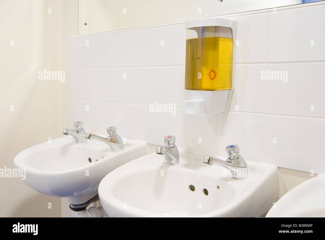 Office Toilet Sink Stock Photos & Office Toilet Sink Stock Images ...