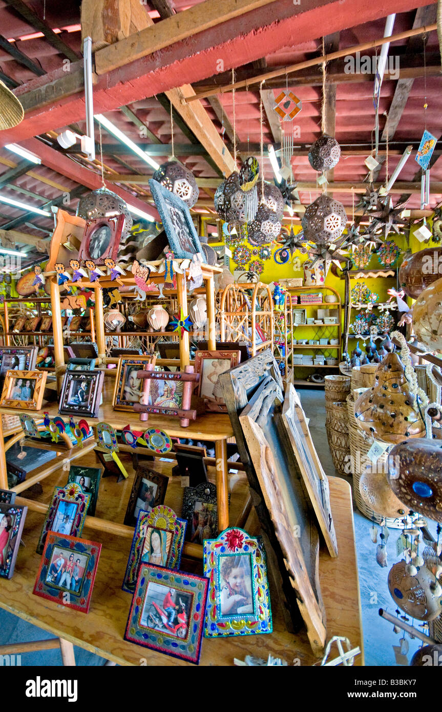 local craft shops local craft stores in zihuatanejo mexico stock photo 2355