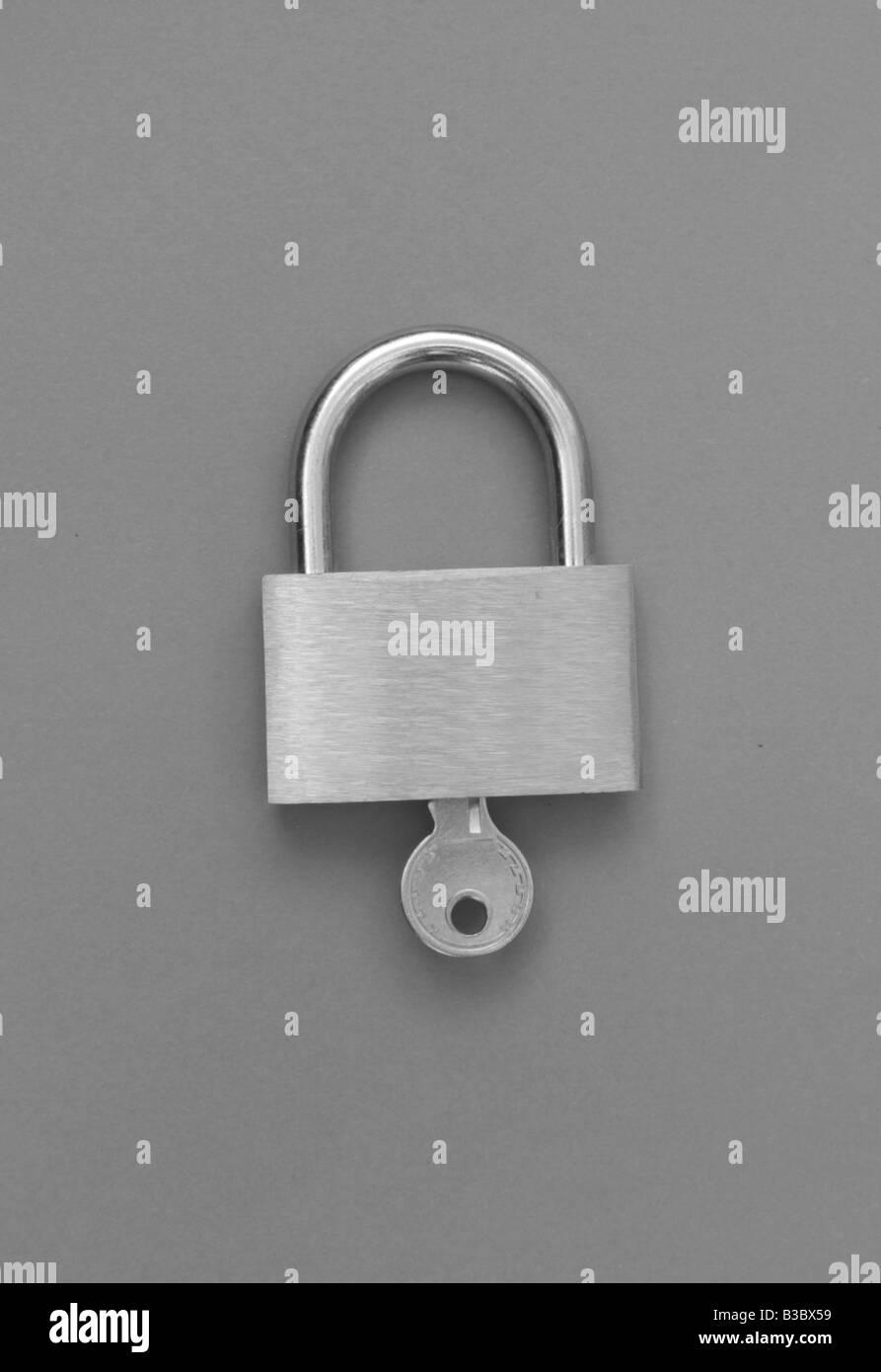 padlock clasp secure door lock - Stock Image