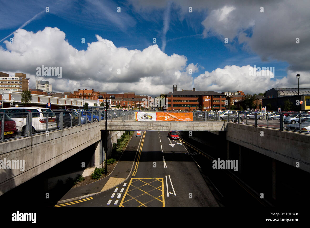 Panoramic view of Oldham Town centre - Stock Image