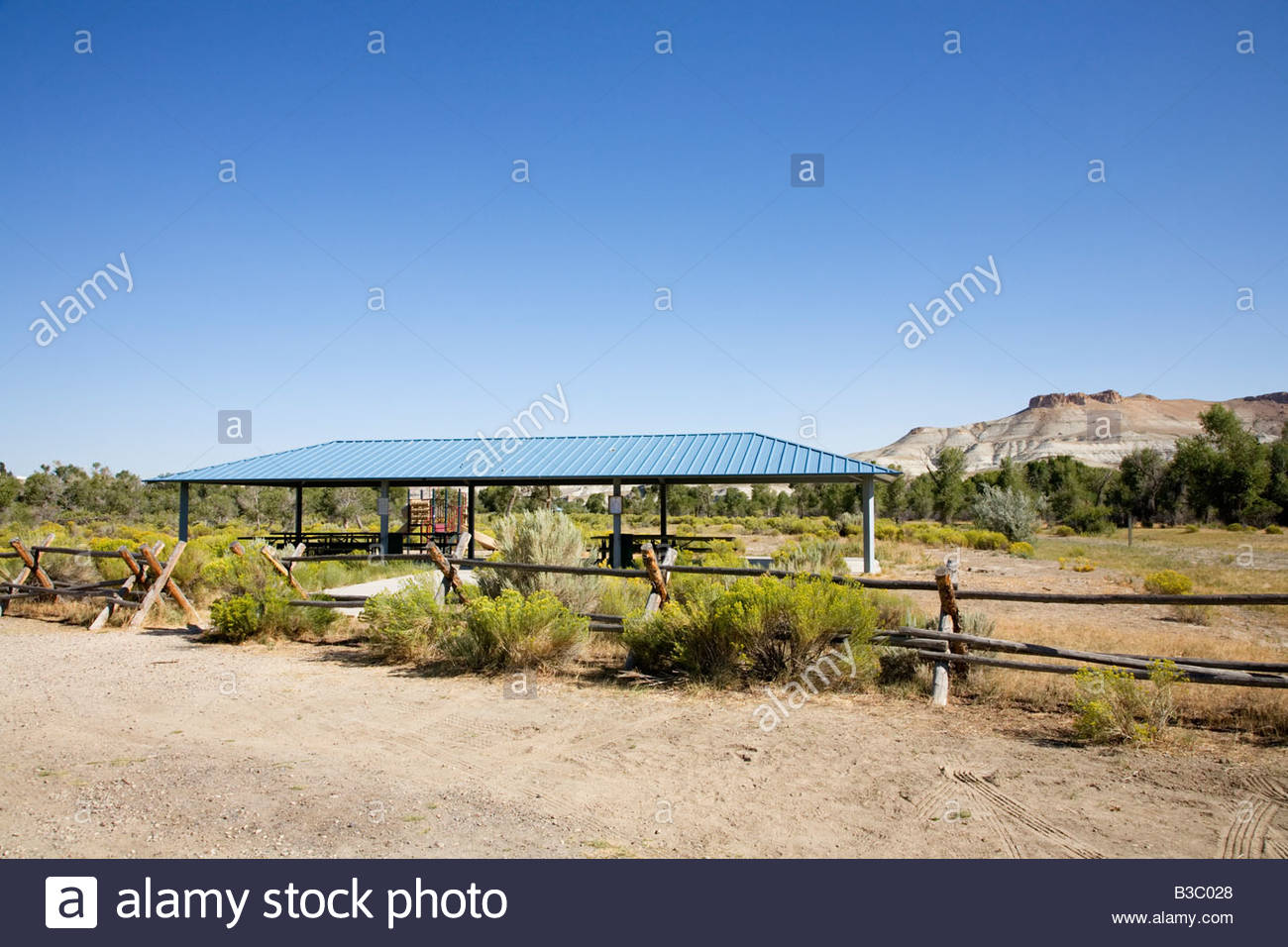 Picnic area ramada FMC Park Green River Wyoming - Stock Image