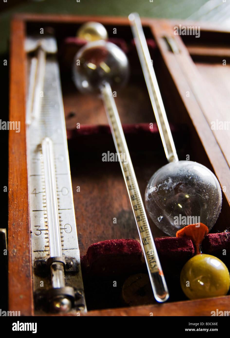 whisky measuring making kit - Stock Image