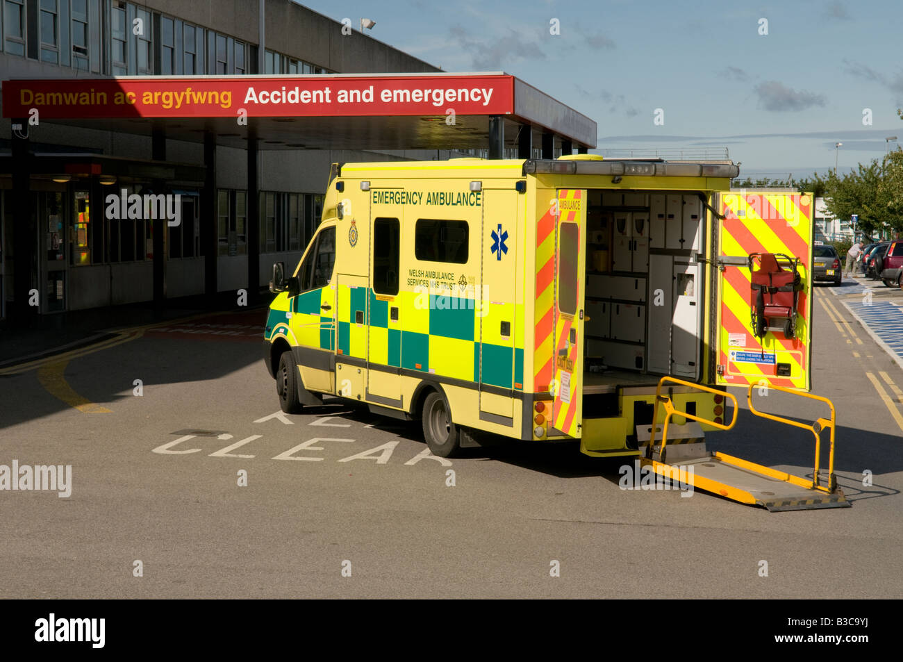 Ambulance parked outside Accident and Emergency department at Ysbyty Glan Clwyd General NHS Hospital Bodelwyddan - Stock Image