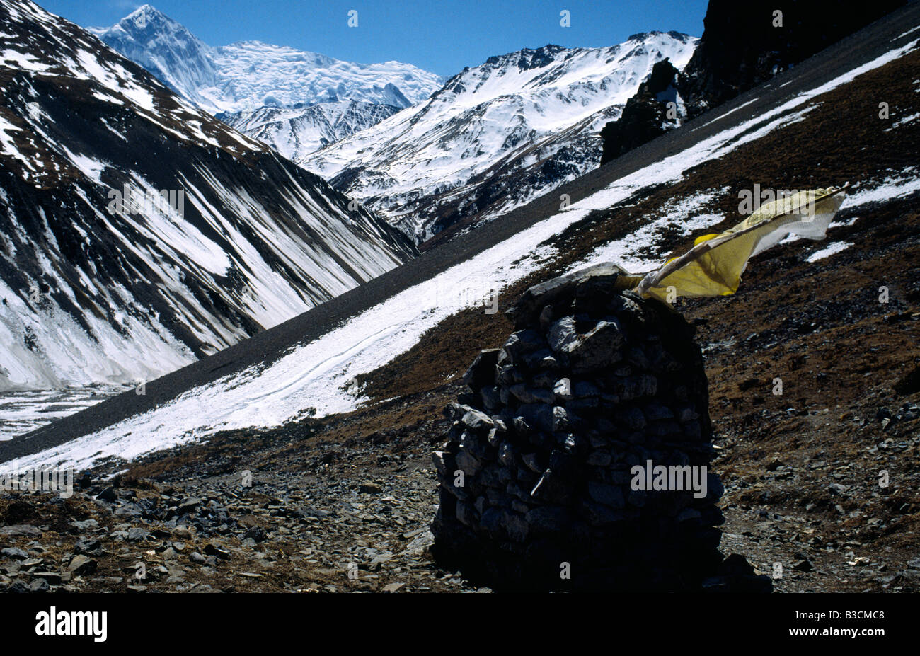 PICTURES CREDIT DOUG BLANE Trekking around the Annapurna circuit in Himalayan Kingdom of Nepal Nepalese Himalayas Stock Photo