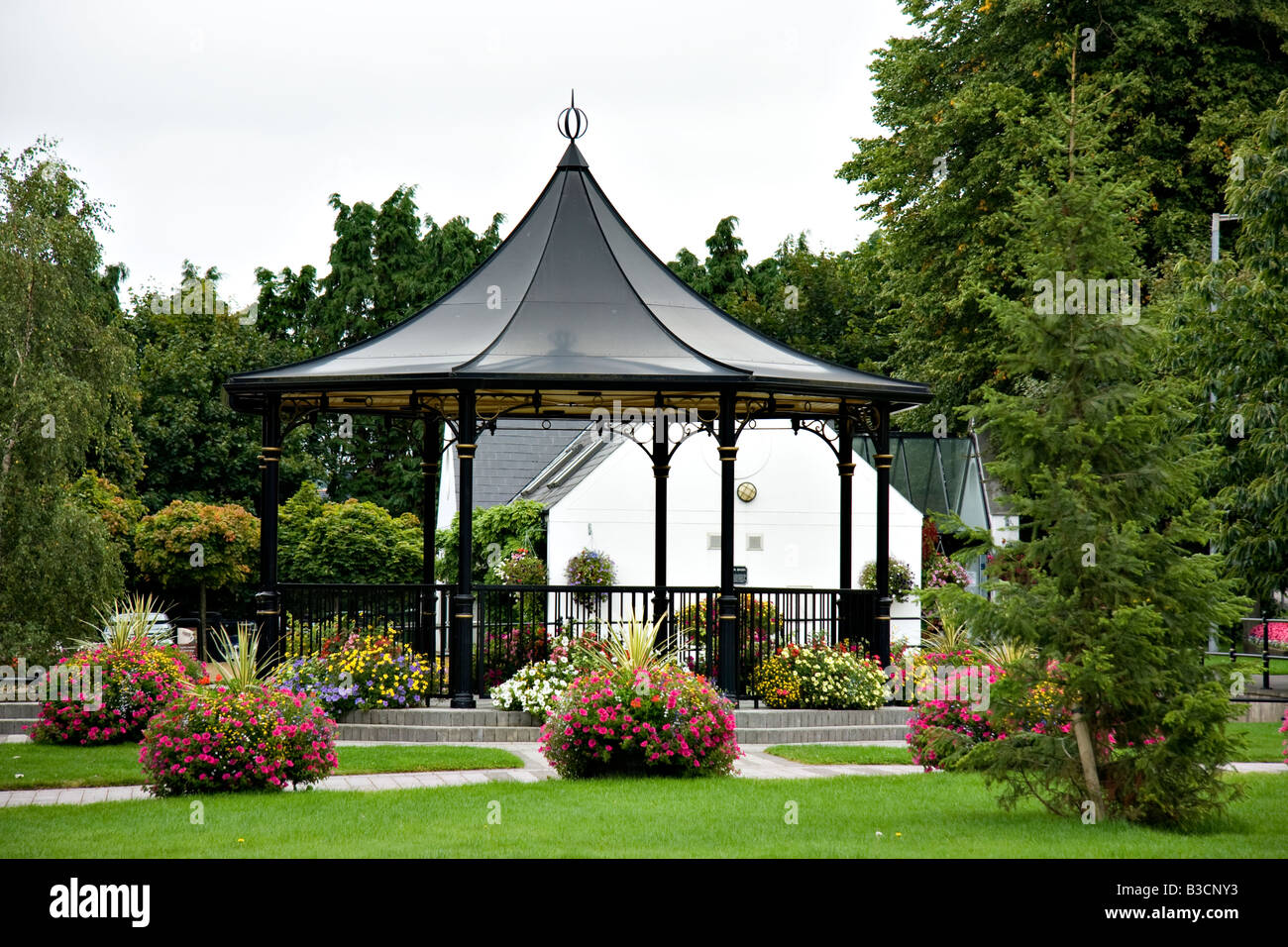 The bandstand in the centre of Scarva, Northern Ireland - Stock Image