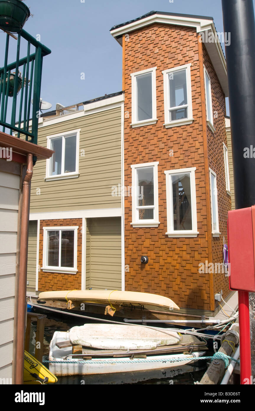 Victoria house boat float homes British Columbia  BCY 0683 - Stock Image