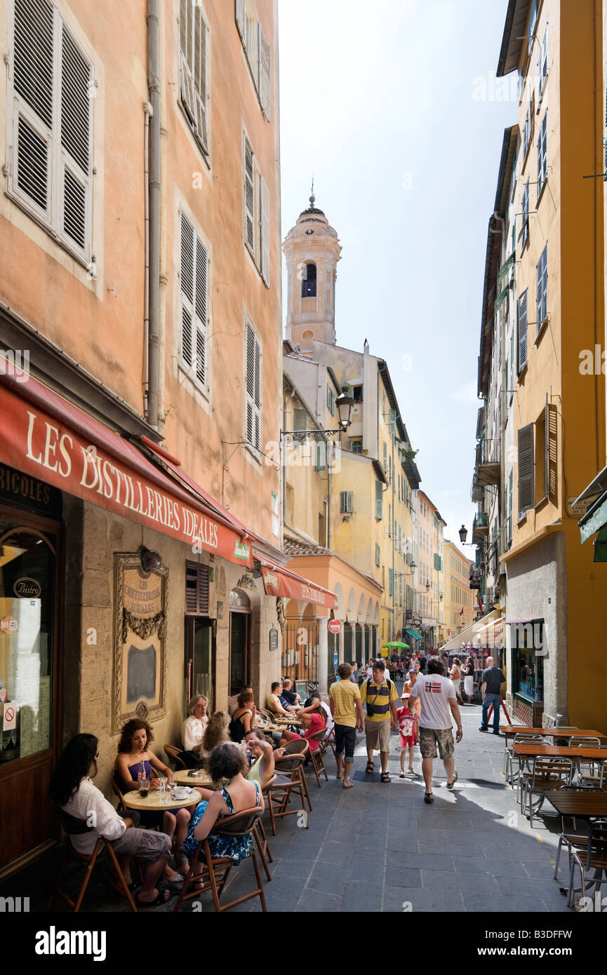 Cafe Bar in the old town (Vieux Nice), Rue de la Prefecture, Nice, Cote d'Azur, French Riviera, France - Stock Image
