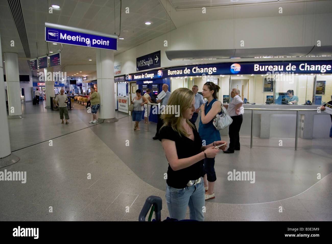 Manchester Airport Terminal 3 Stock Photo Alamy