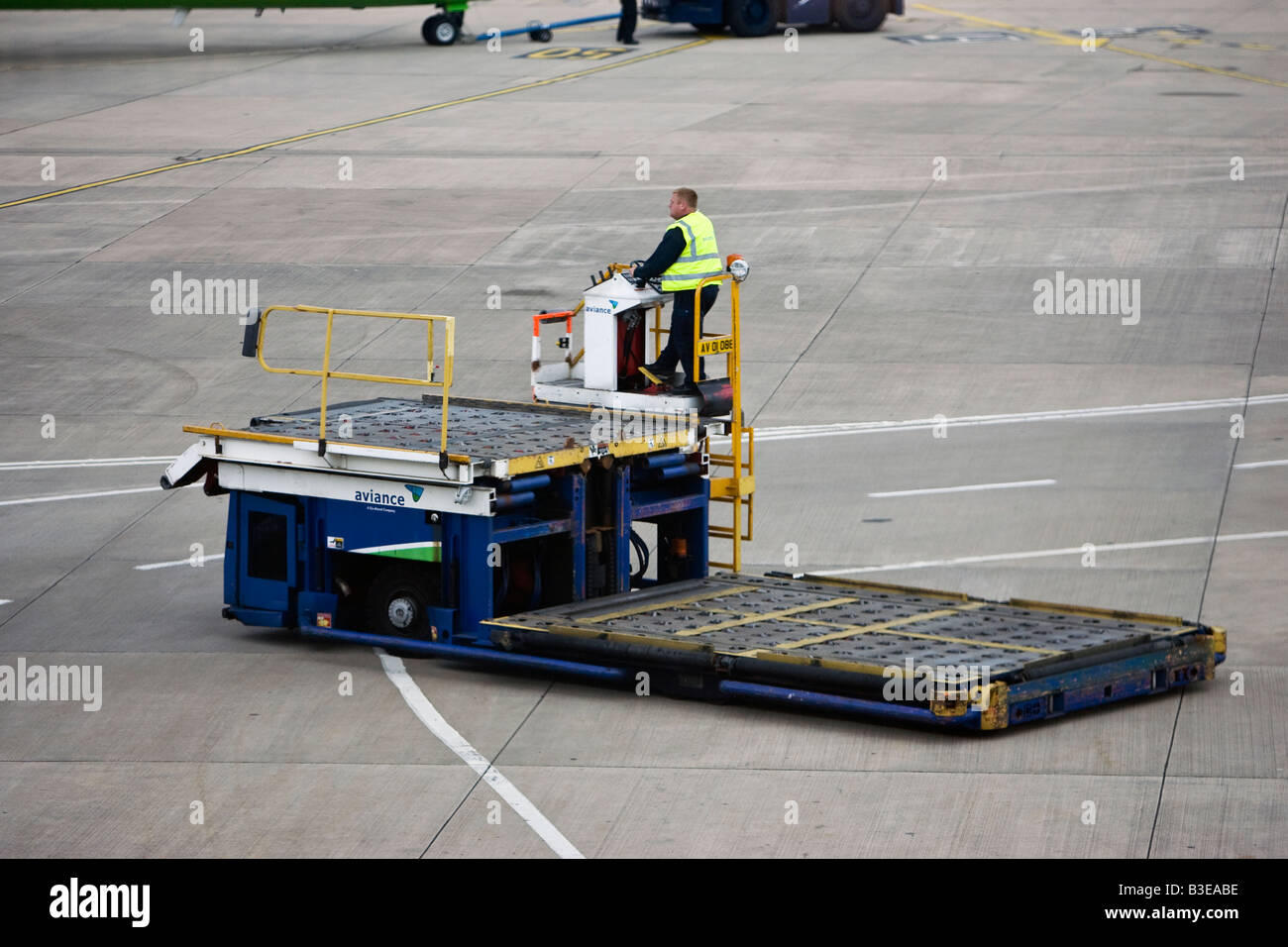 Air Side mobile luggage lift - Stock Image