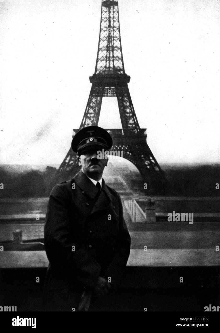 Hitler on a visit to occupied Paris/1940 - Stock Image
