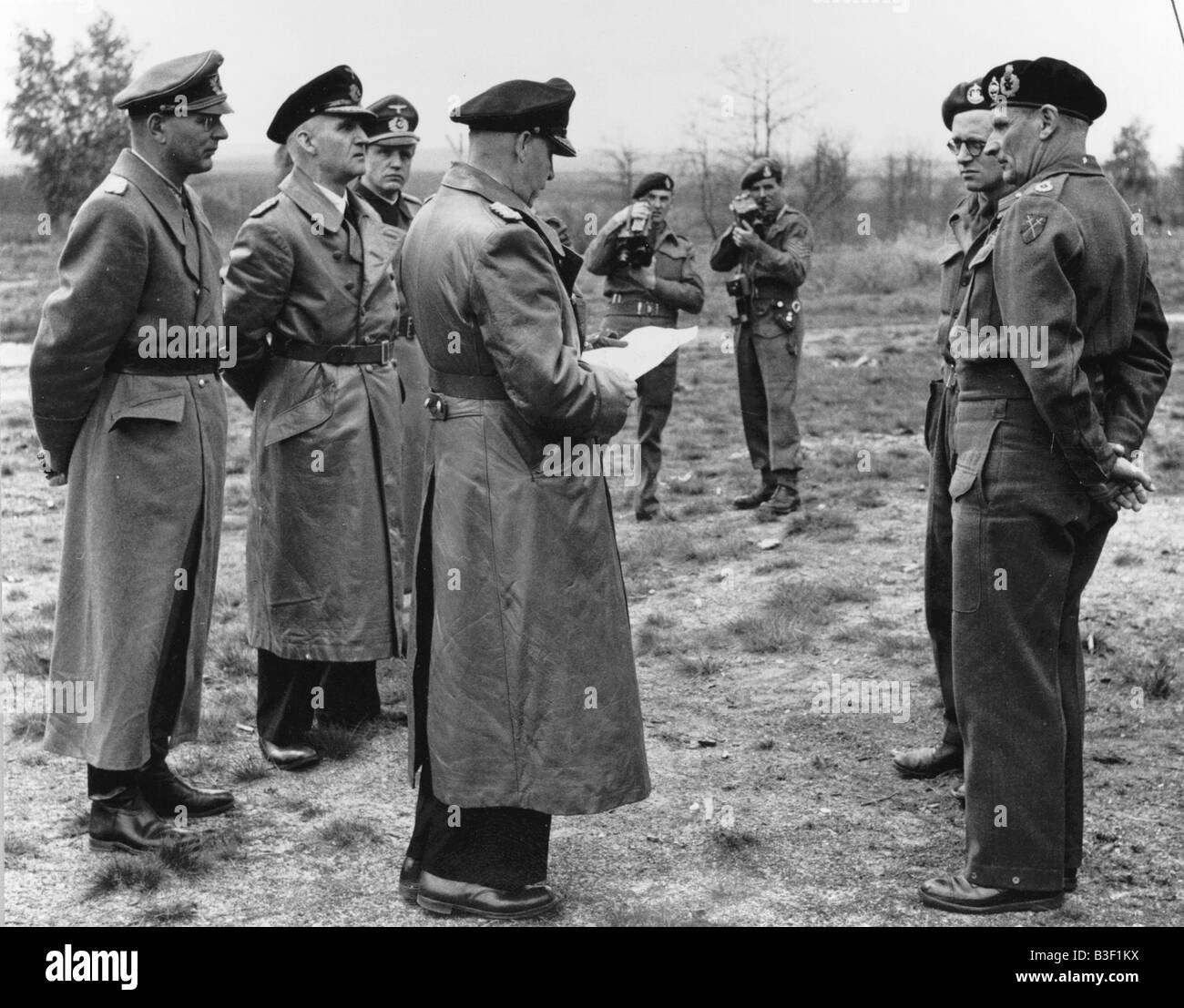 WW2/Friedeburg and Montgomery / 3.5.1945 - Stock Image