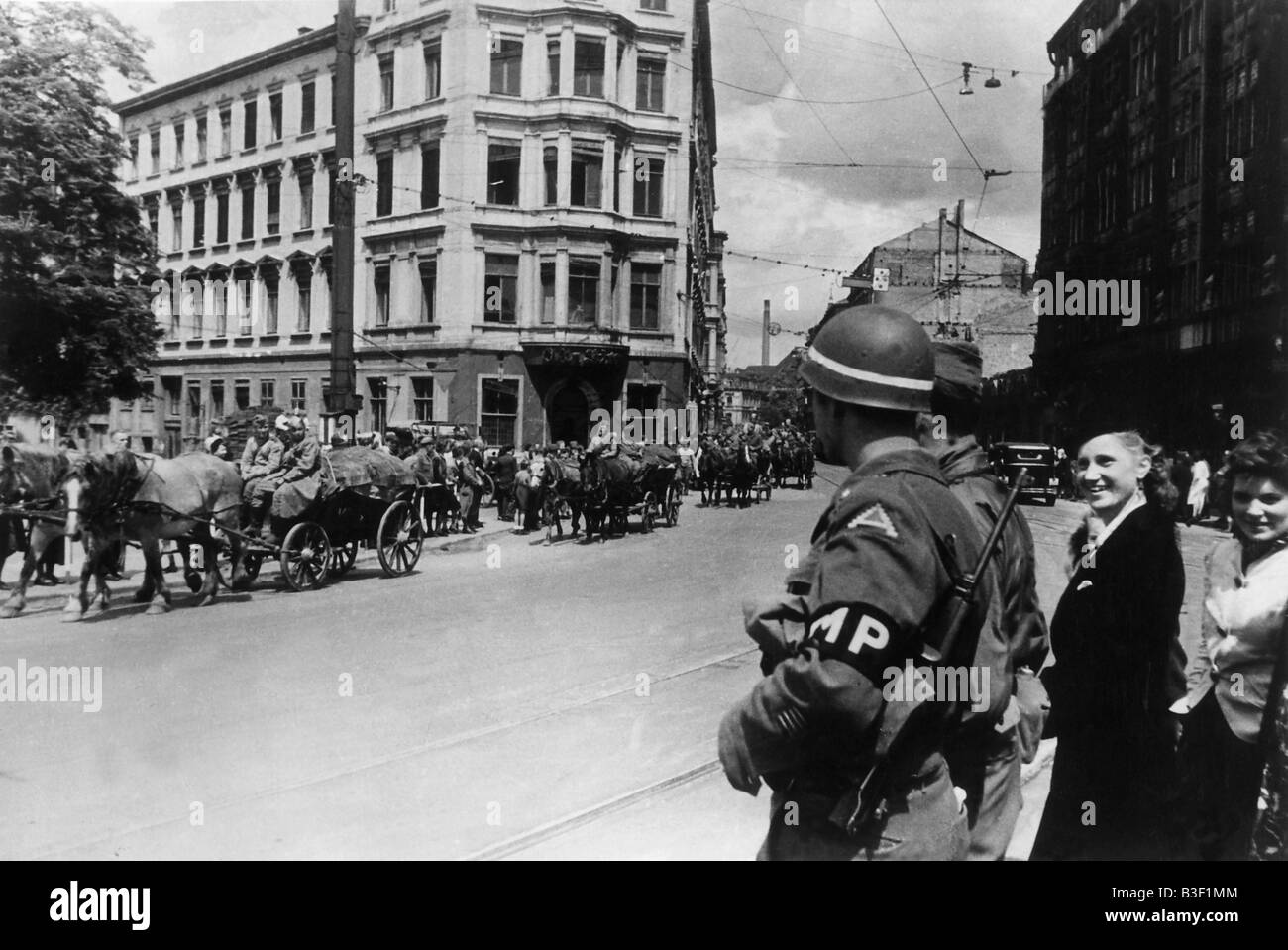 Entry of Soviet Troops into Leipzig 1945 - Stock Image