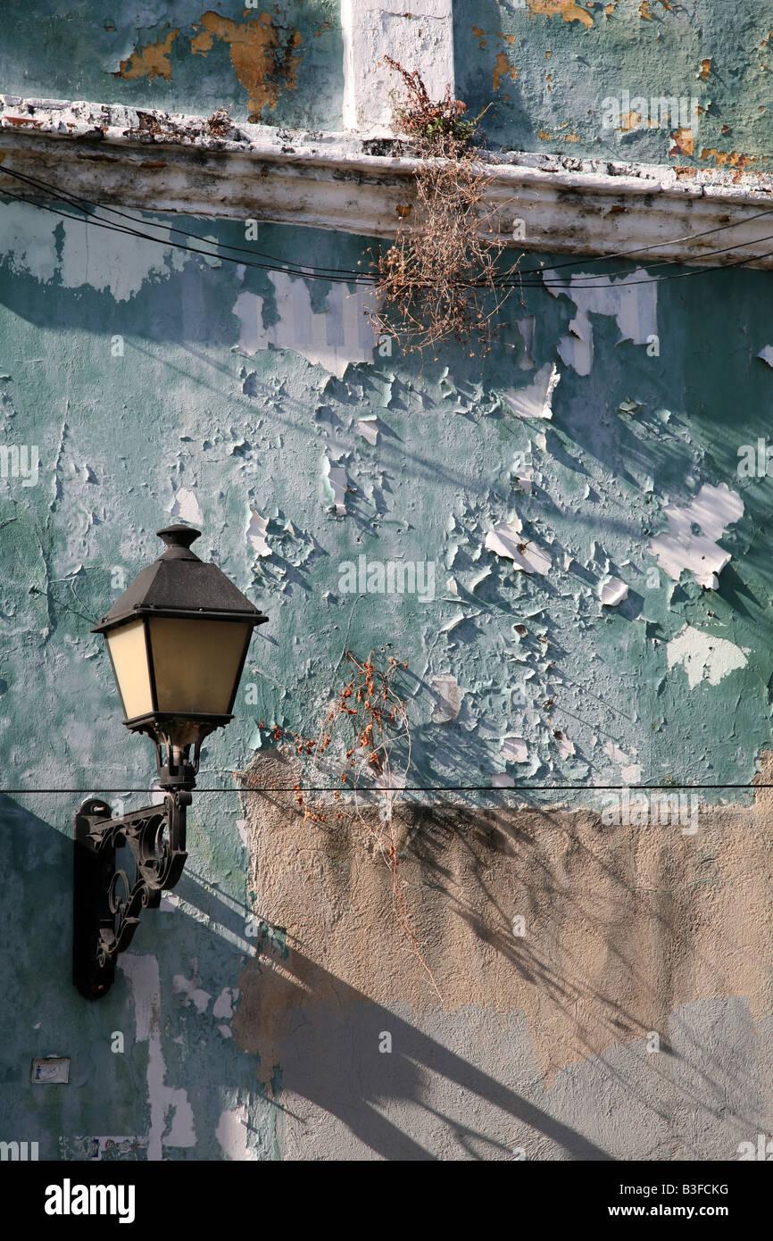 Old lantern in the Zona Colonial of Santo Domingo, Dominican Republic - Stock Image