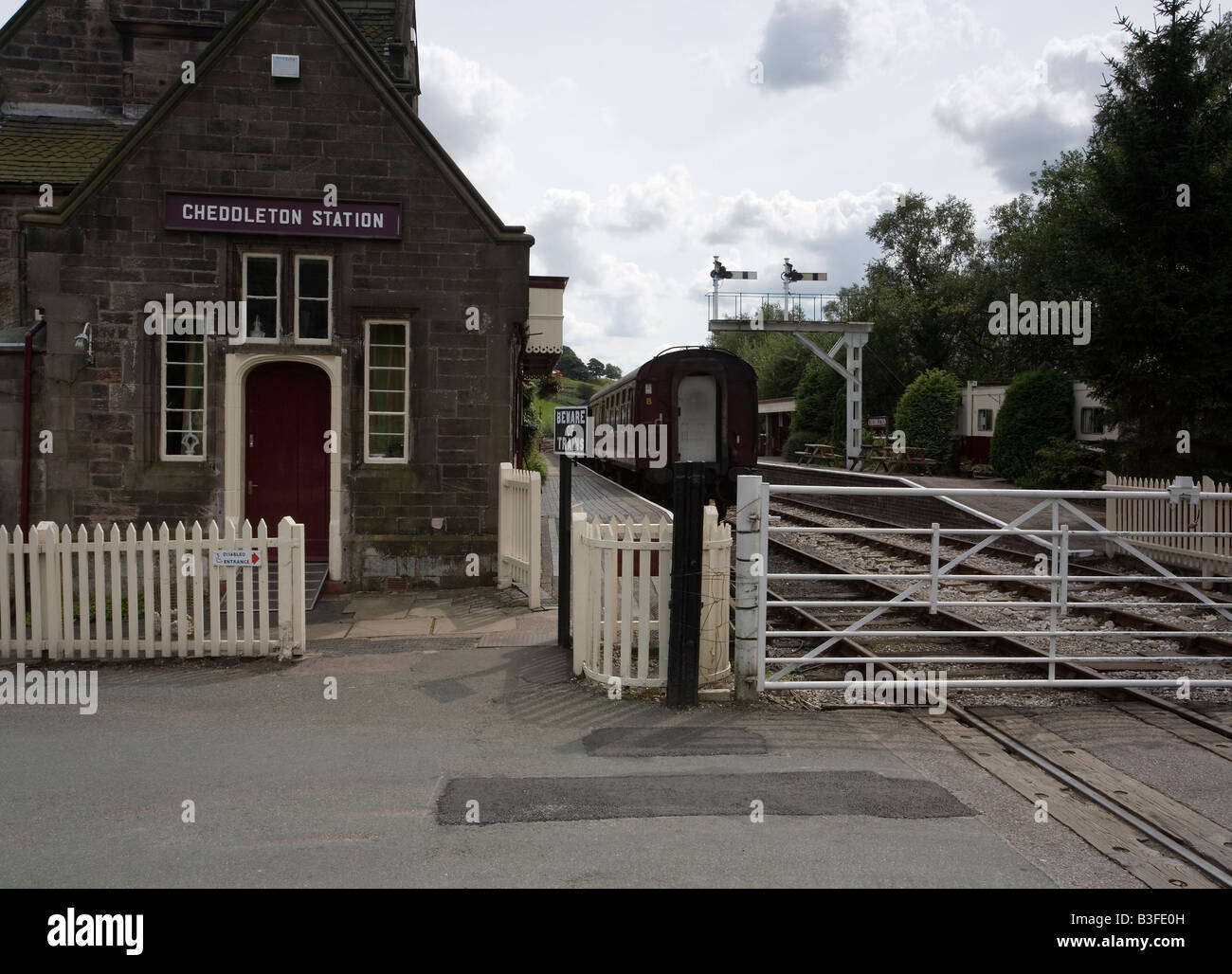 Cheddleton station on the Churnet Valley railway Staffordshire - Stock Image
