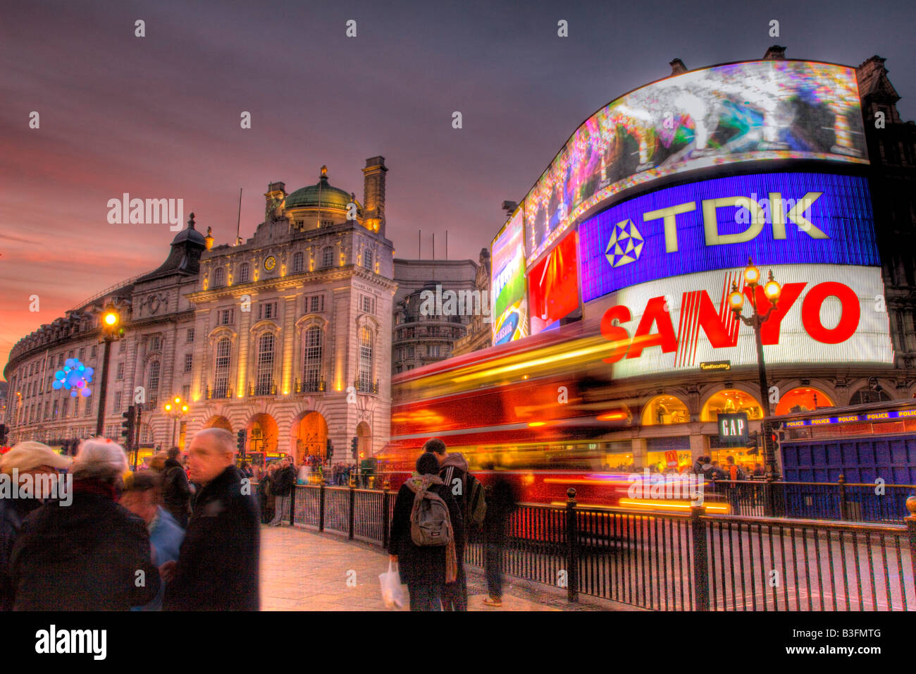 HDR photo of Picadilly circus at sunset - Stock Image