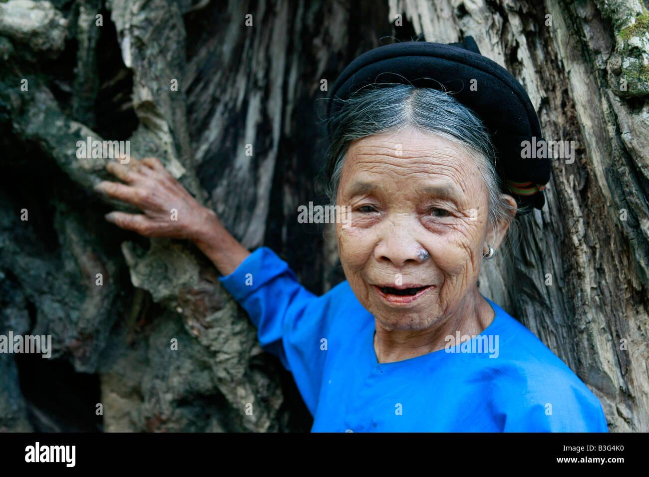 Nung tribeswoman near Hoang Su Phi, Vietnam - Stock Image