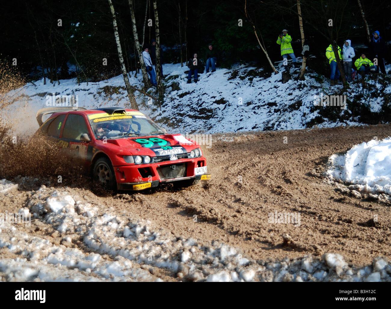 Querido Inmuebles Escritor  Andy Burton V6 Peugeot Cosworth rally car Stock Photo - Alamy