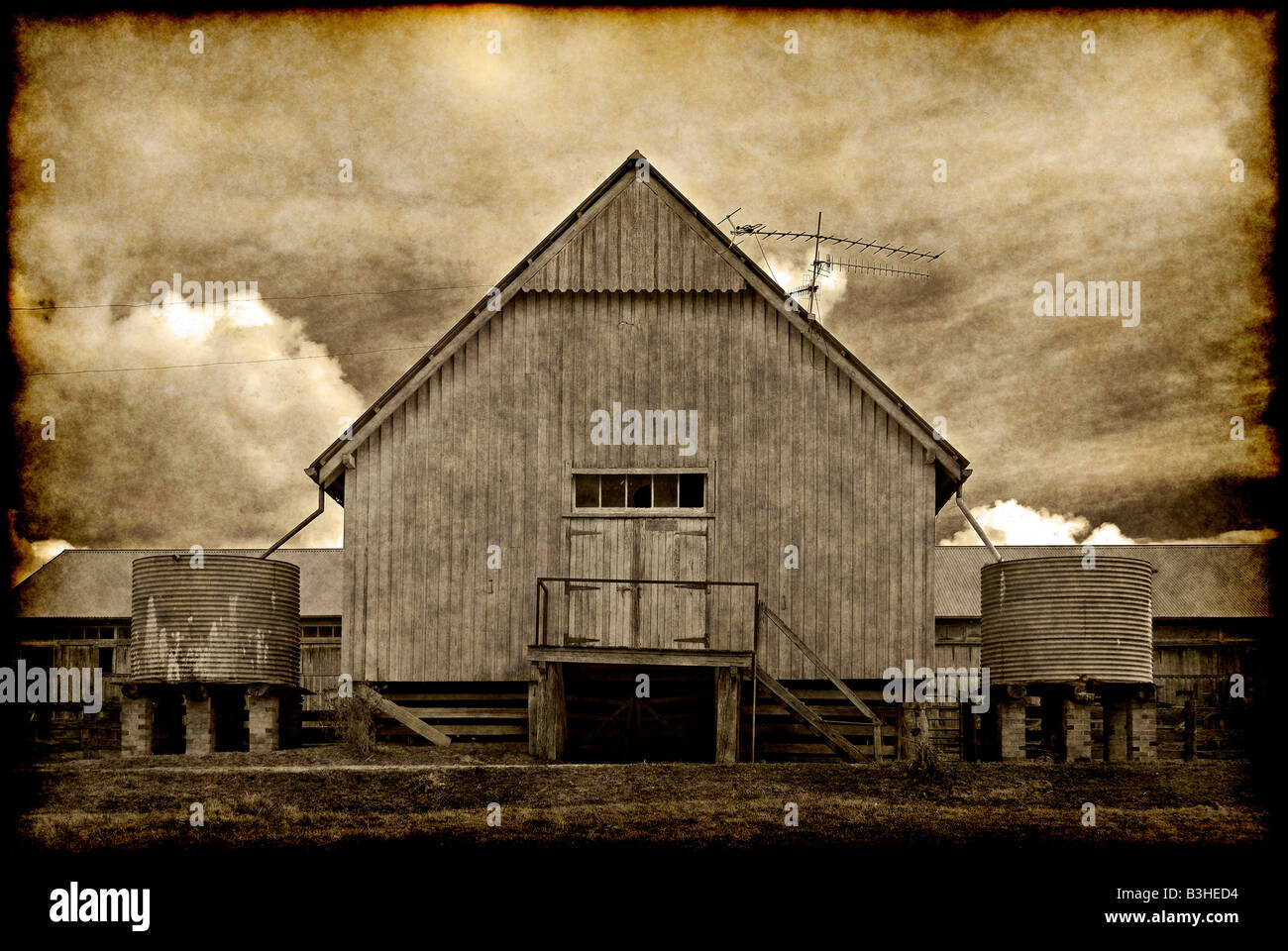 great old grungy image of an old barn on the farm - Stock Image