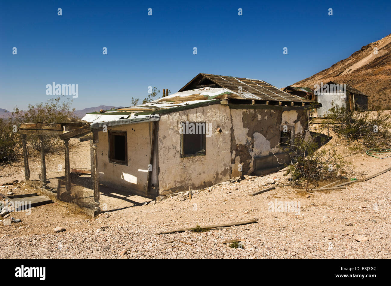Derelict sheds in Rhyolite, Nevada, USA. - Stock Image