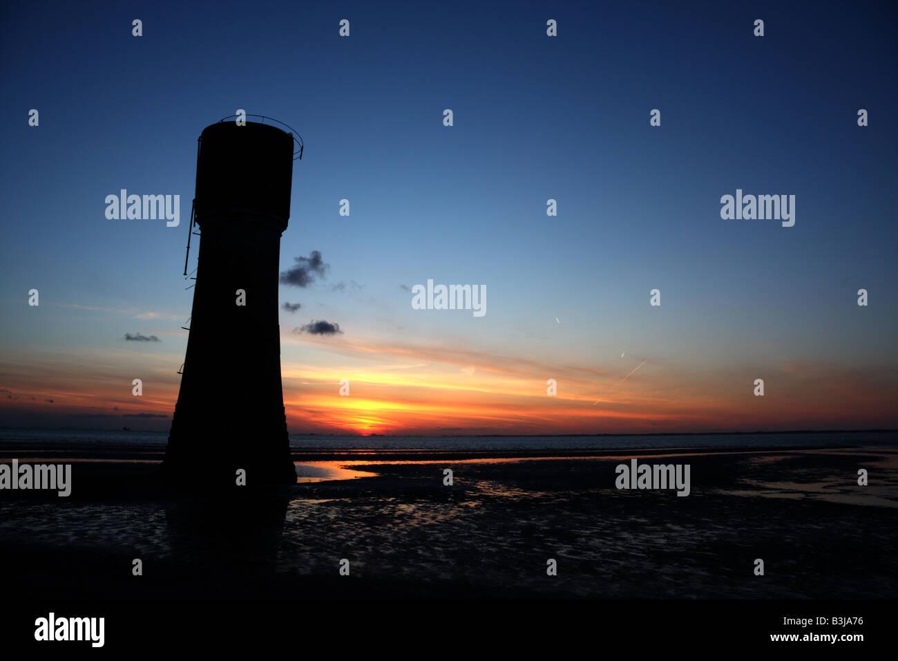 Spurn Head lowlight at sunset. - Stock Image