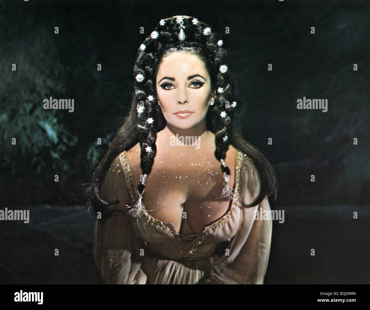 DR FAUSTUS  1967 Columbia film with Elizabeth Taylor - Stock Image