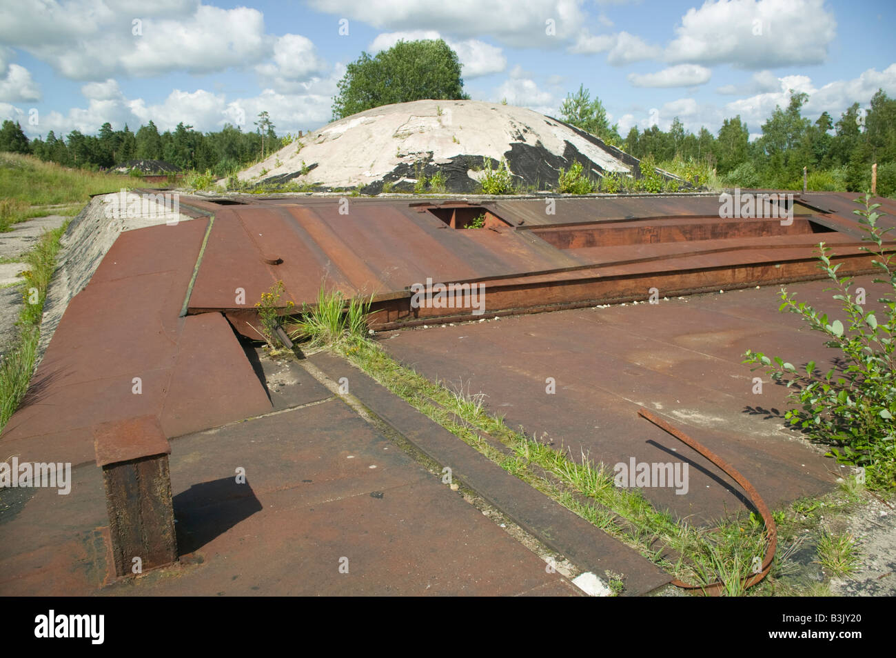 Ruined Soviet nuclear missile base, Plokstine, Lithuania. - Stock Image