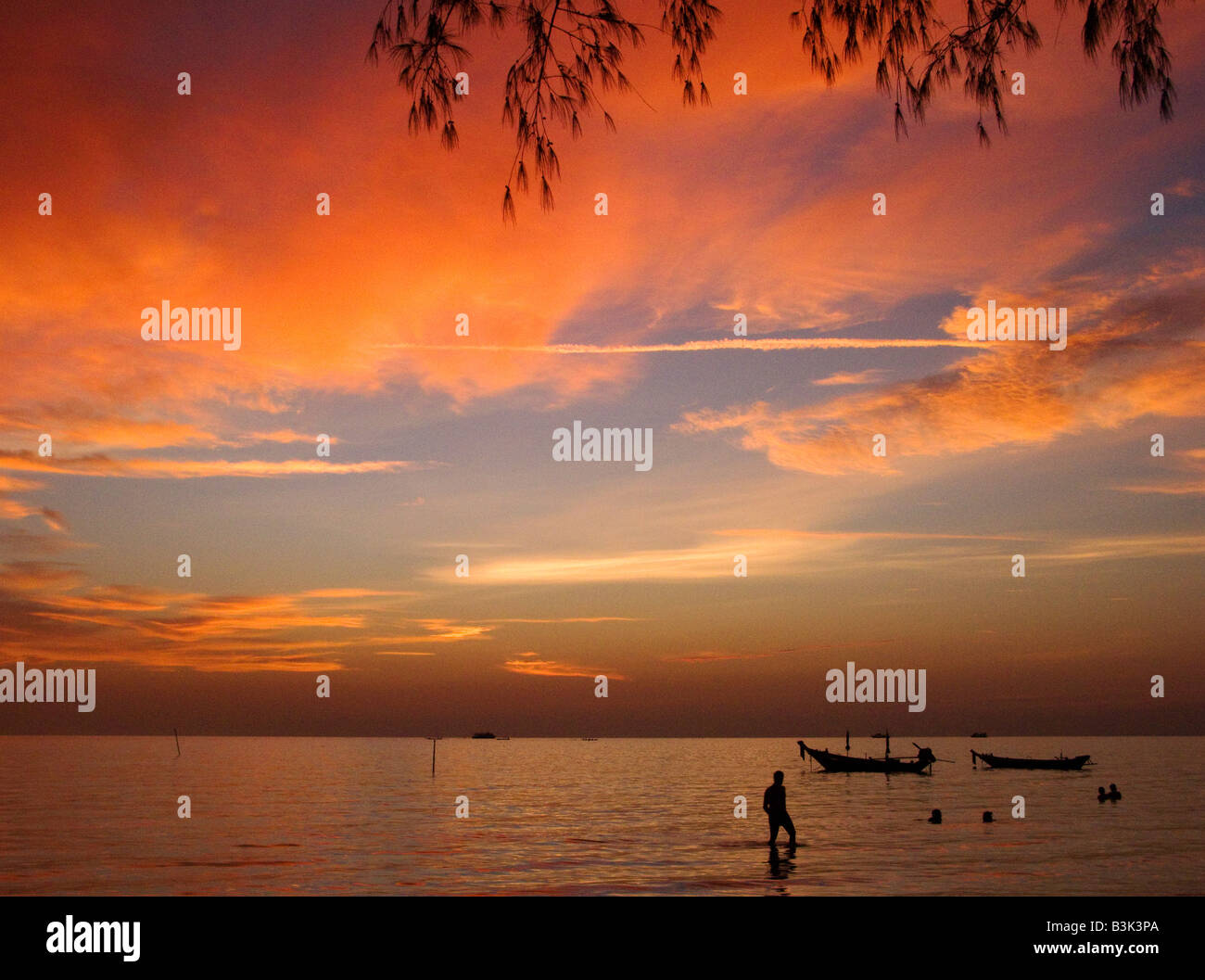 Sunset on Sairee beach, Koh Tao, thailand - Stock Image