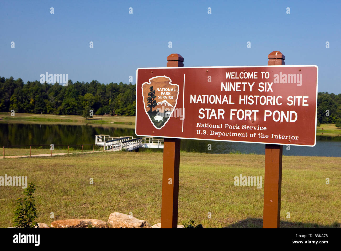 National Park Service welcome sign to the Star Fort Pond, Ninety Six National Historical Site, Ninety-Six, South - Stock Image