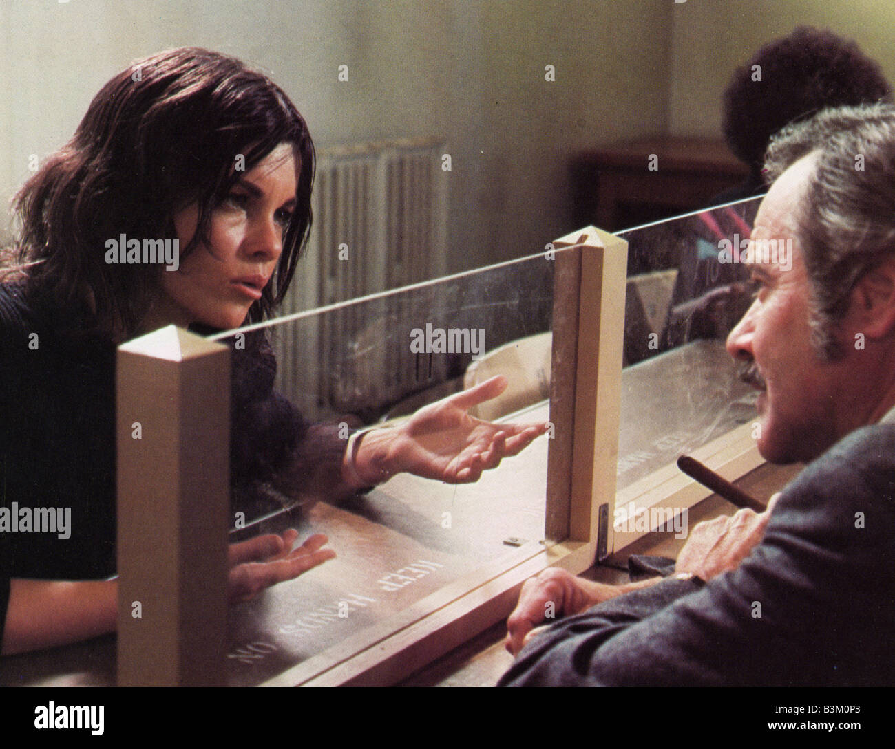ALEX AND THE GYPSY 1970 MGM film Genevieve Bujold and Jack Lemmon Stock Photo
