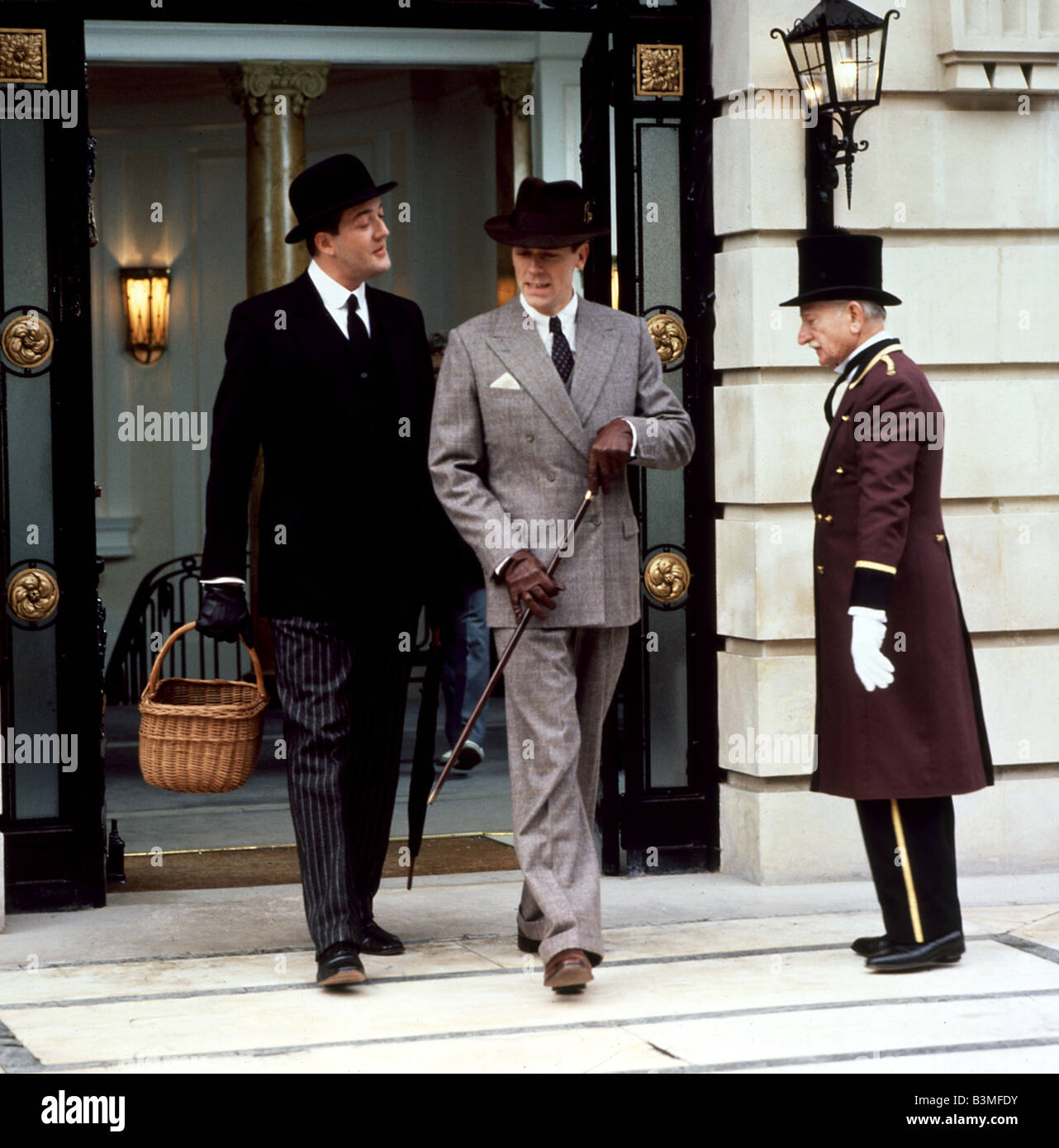 JEEVES AND WOOSTER  UK TV series with Stephen Fry at left and Hugh Laurie - Stock Image