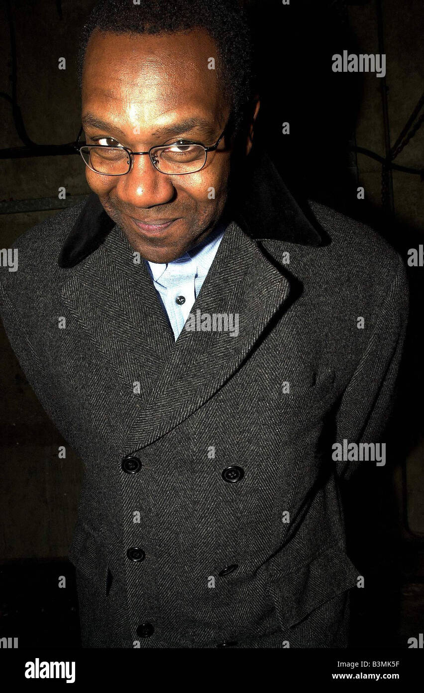 Comedian and Charities campaigner Lenny Henry in London today October 2003 Mirrorpix - Stock Image