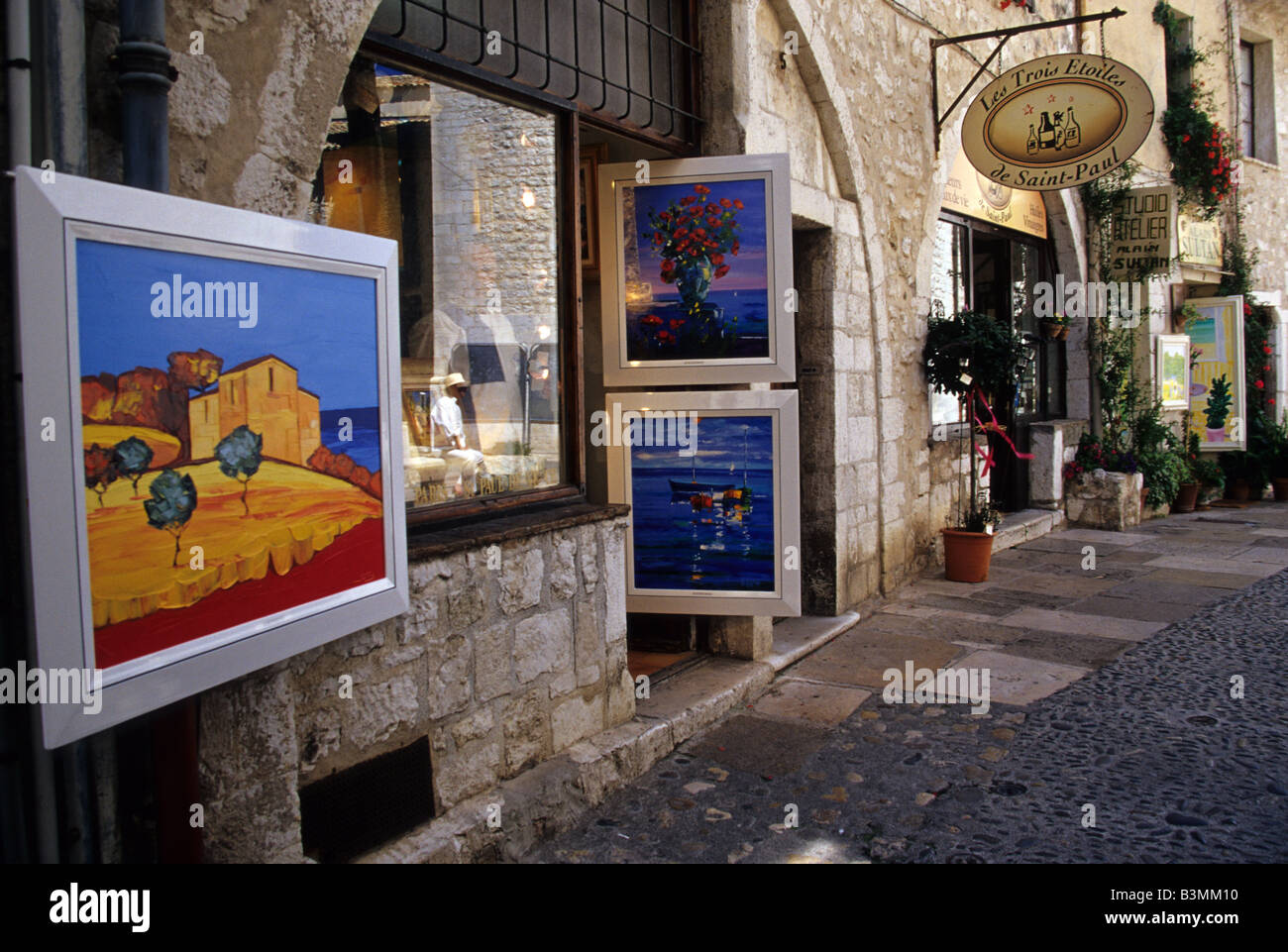 Saint Paul De Vence Art france povence st paul de vence art galleries displaying