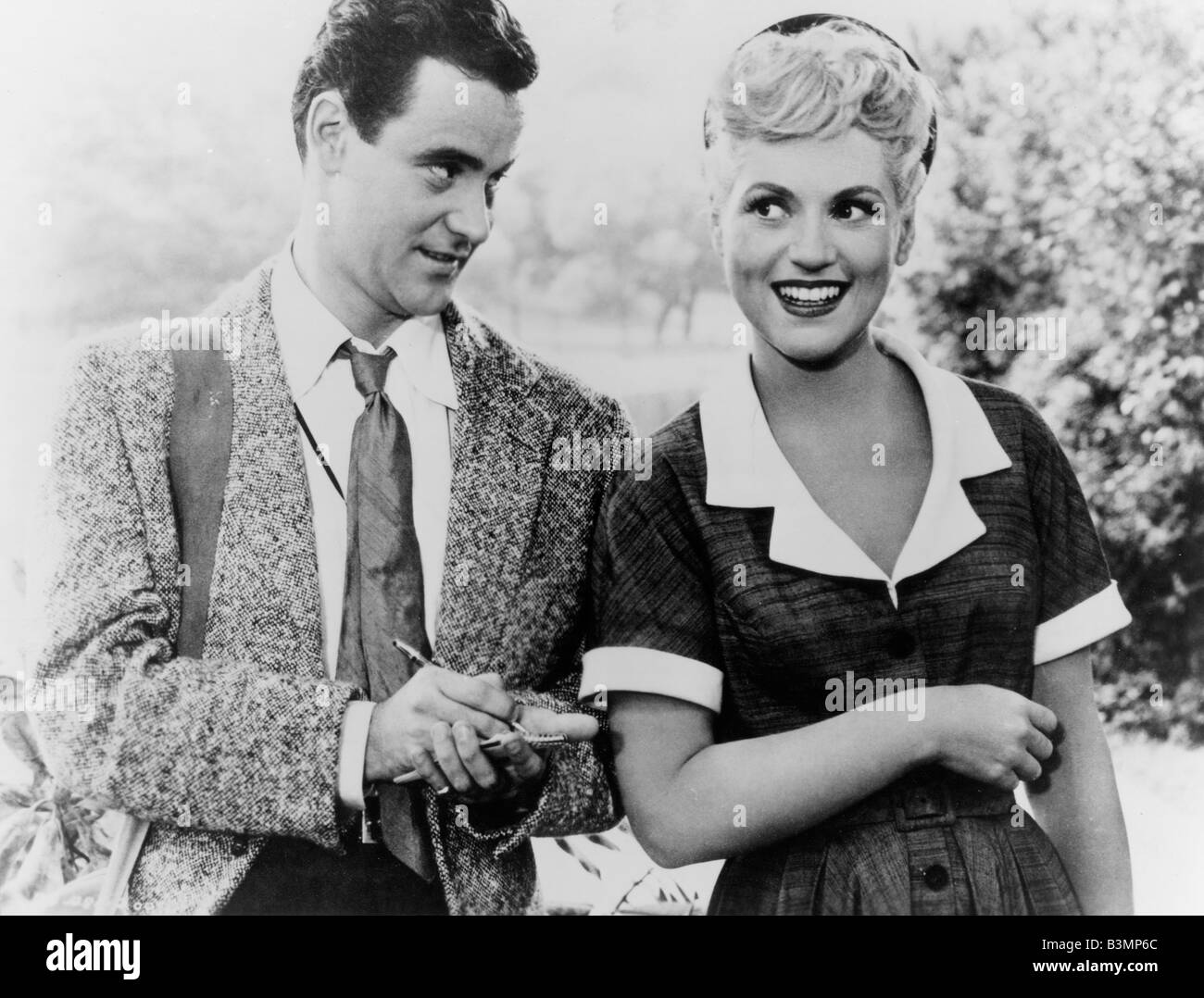 IT SHOULD HAPPEN TO YOU 1954 Columbia film with jack Lemmon and Judy Holliday - Stock Image