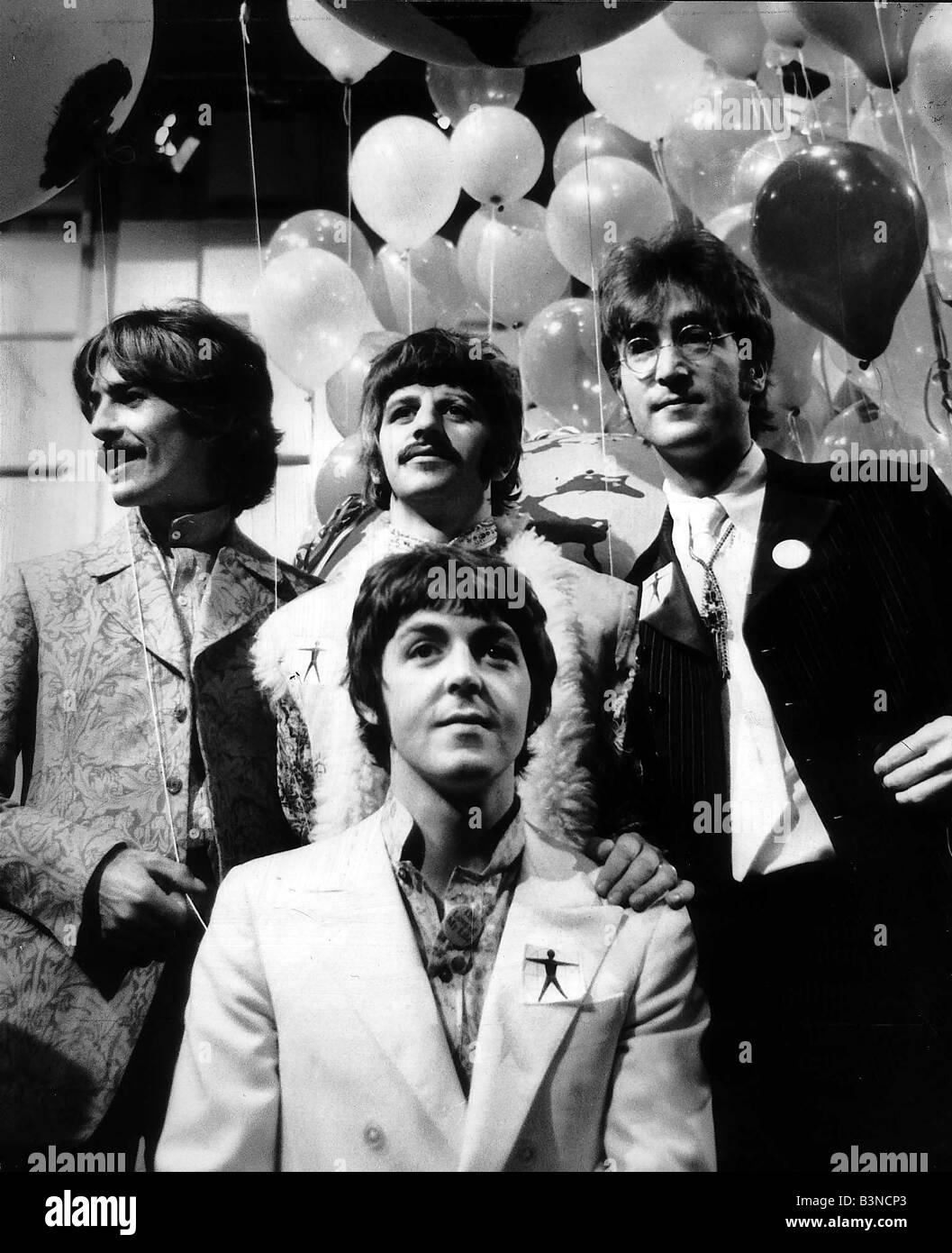 The Beatles Pop Group June 1967 Paul McCartney George Harrison John Lennon And Ringo Starr At EMI Stidios