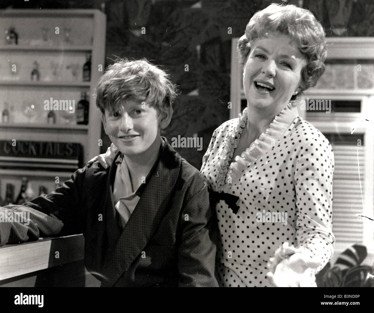 CROSSROADS ATV UK TV Soap Series From 1964 And 1988 With