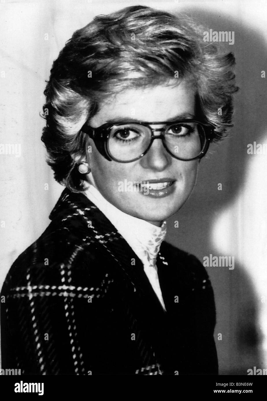 c9bc8825f65 Princess Diana wears safety glasses goggles spectacles Princess Diana  February 1990
