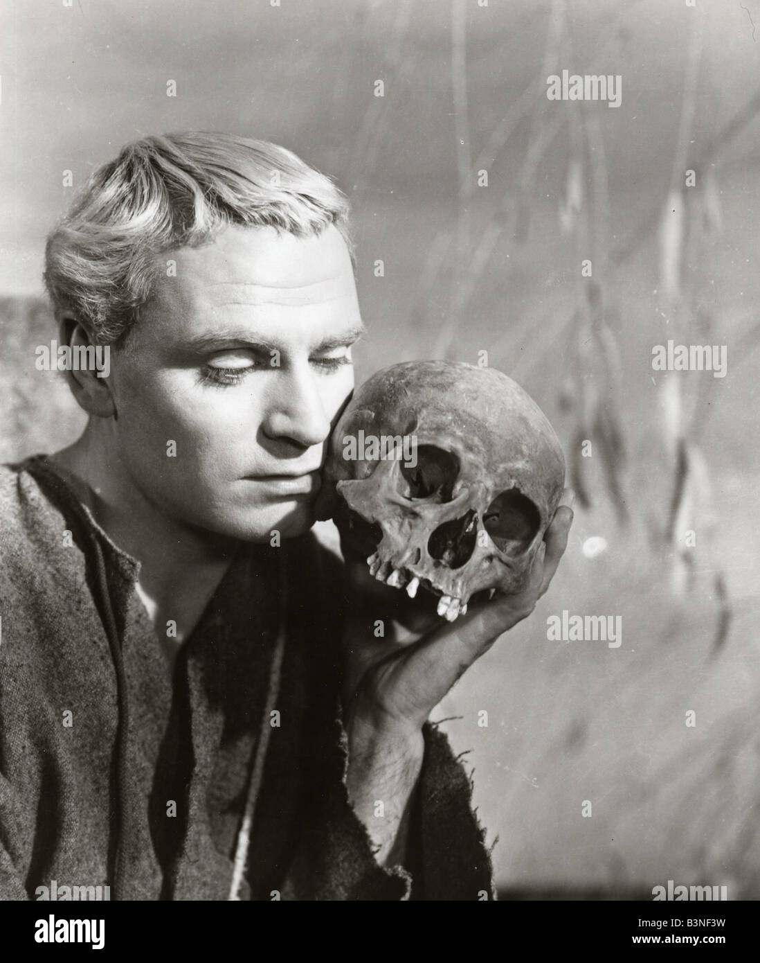 LAURENCE OLIVIER UK actor as Hamlet - Stock Image