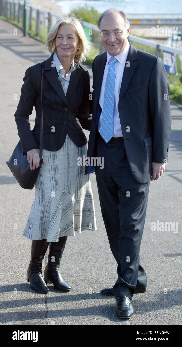 Conservative leader Michael Howard and wife Sandra at Tory Party Conference in Bournemouth 2004 - Stock Image