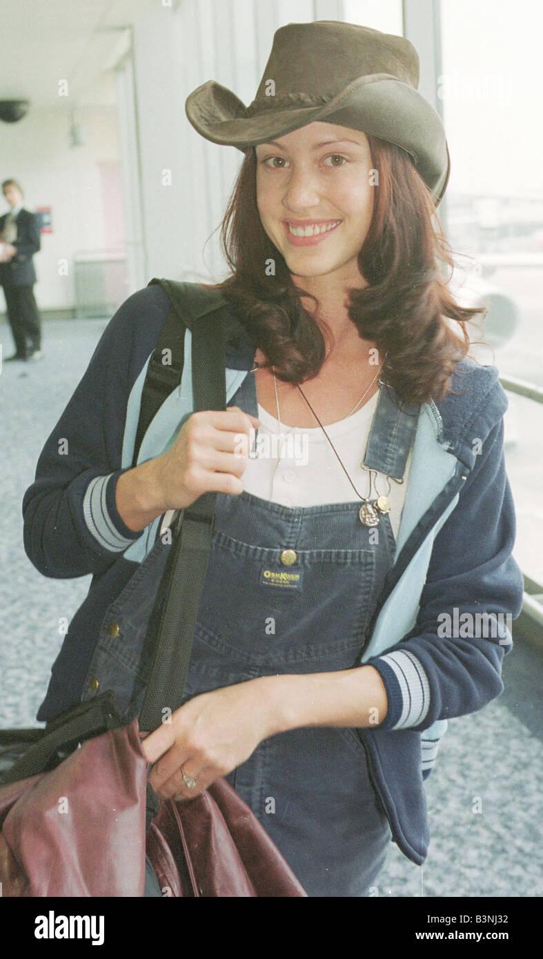 American Pie Actress Porn Video american actress shannon elizabeth arrives at heathrow