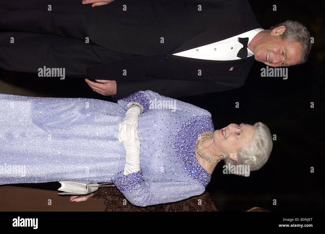 President Bush visit to London November 2003 meeting the Queen at Wingfield House - Stock Image