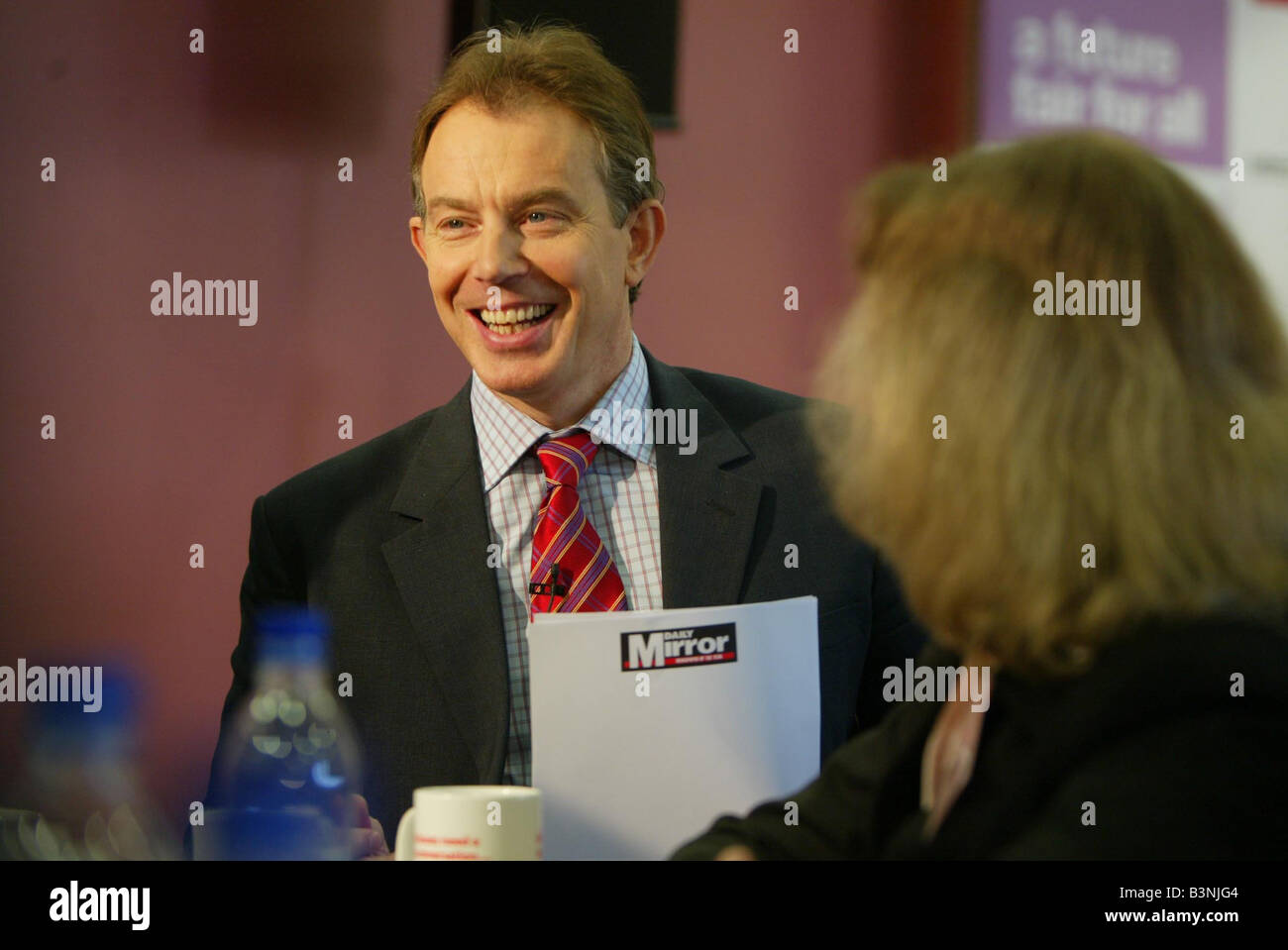 PM Tony Blair takes part in a Daily Mirror sponsored The Big Conversation about the NHS Along with Tony was Health - Stock Image