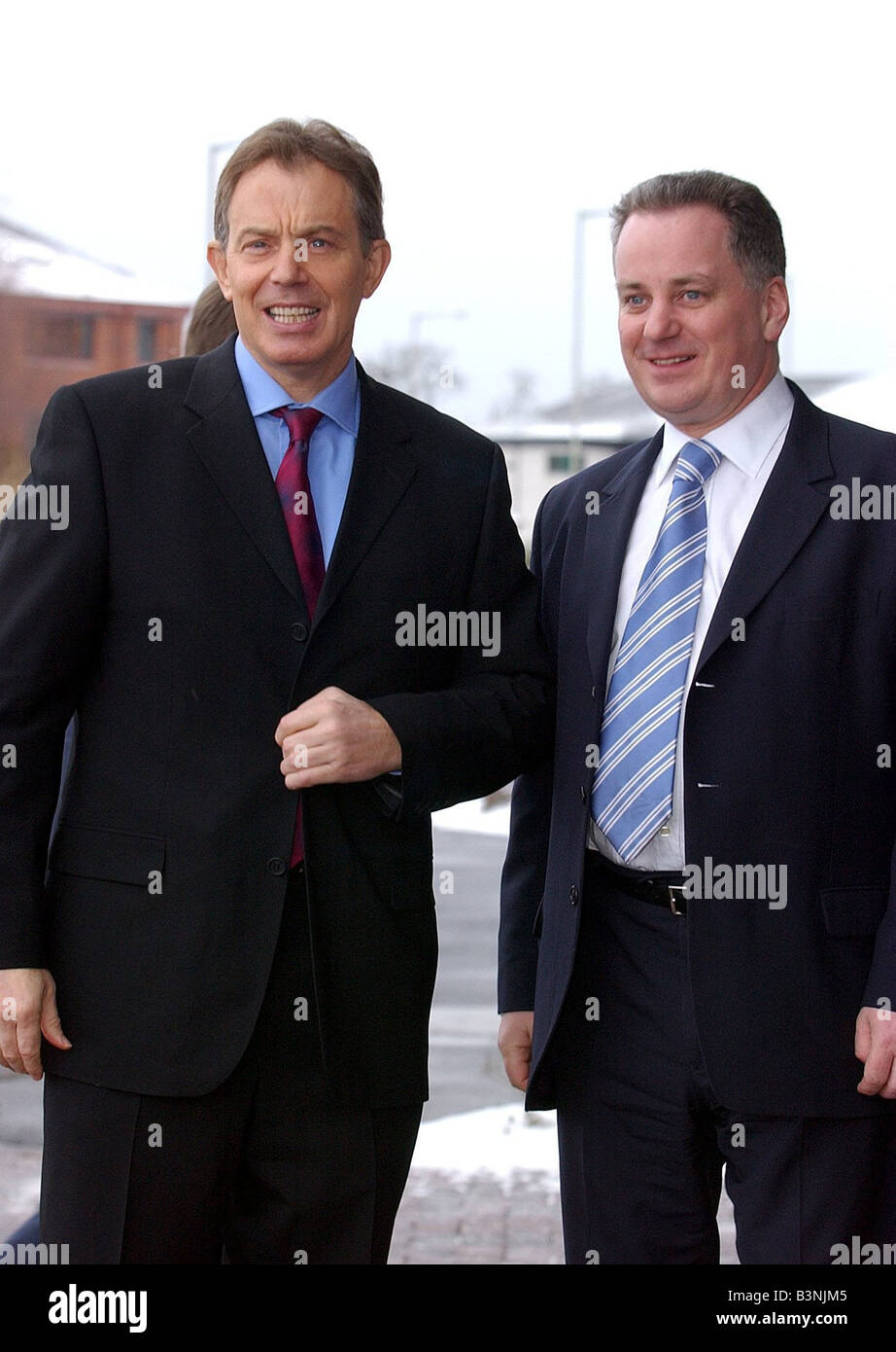 Tony Blair and First Minister Jack McConnell at Greenhouse Beachwood Industrial Park Inverness February 2004 - Stock Image