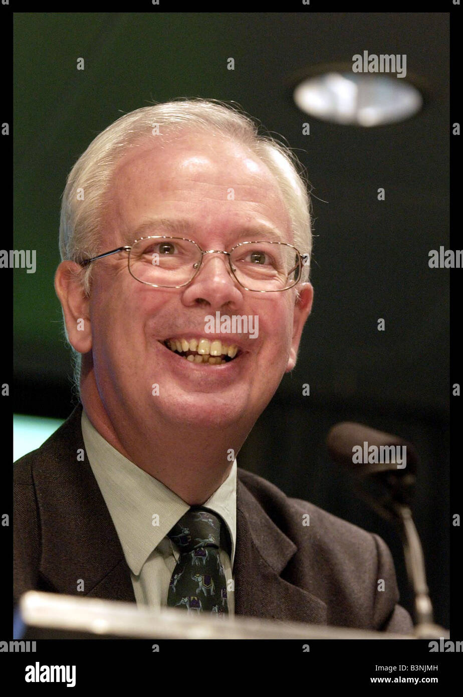 Jim Wallace Deputy first minister August 2004 giving his monthly press conference at St Andrews house - Stock Image