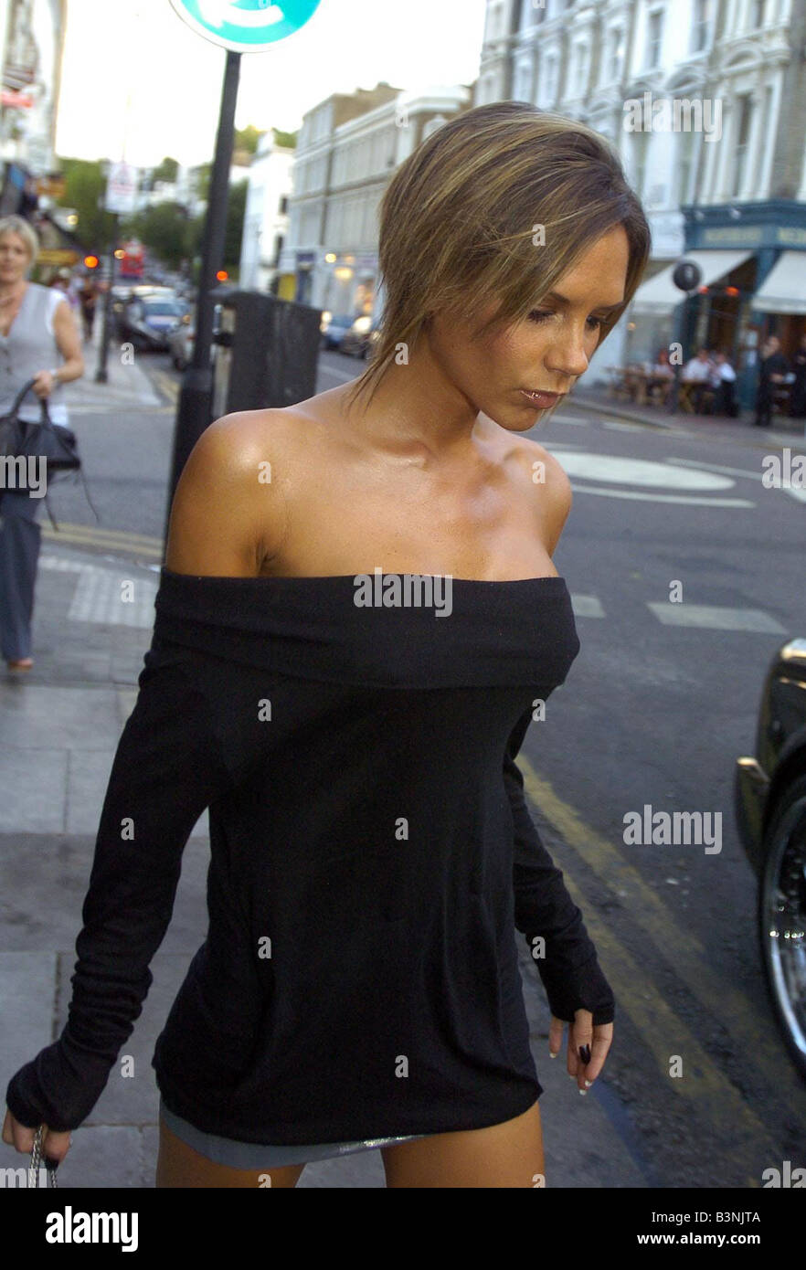 Victoria Beckham Show Off Her New Hairstyle Without The