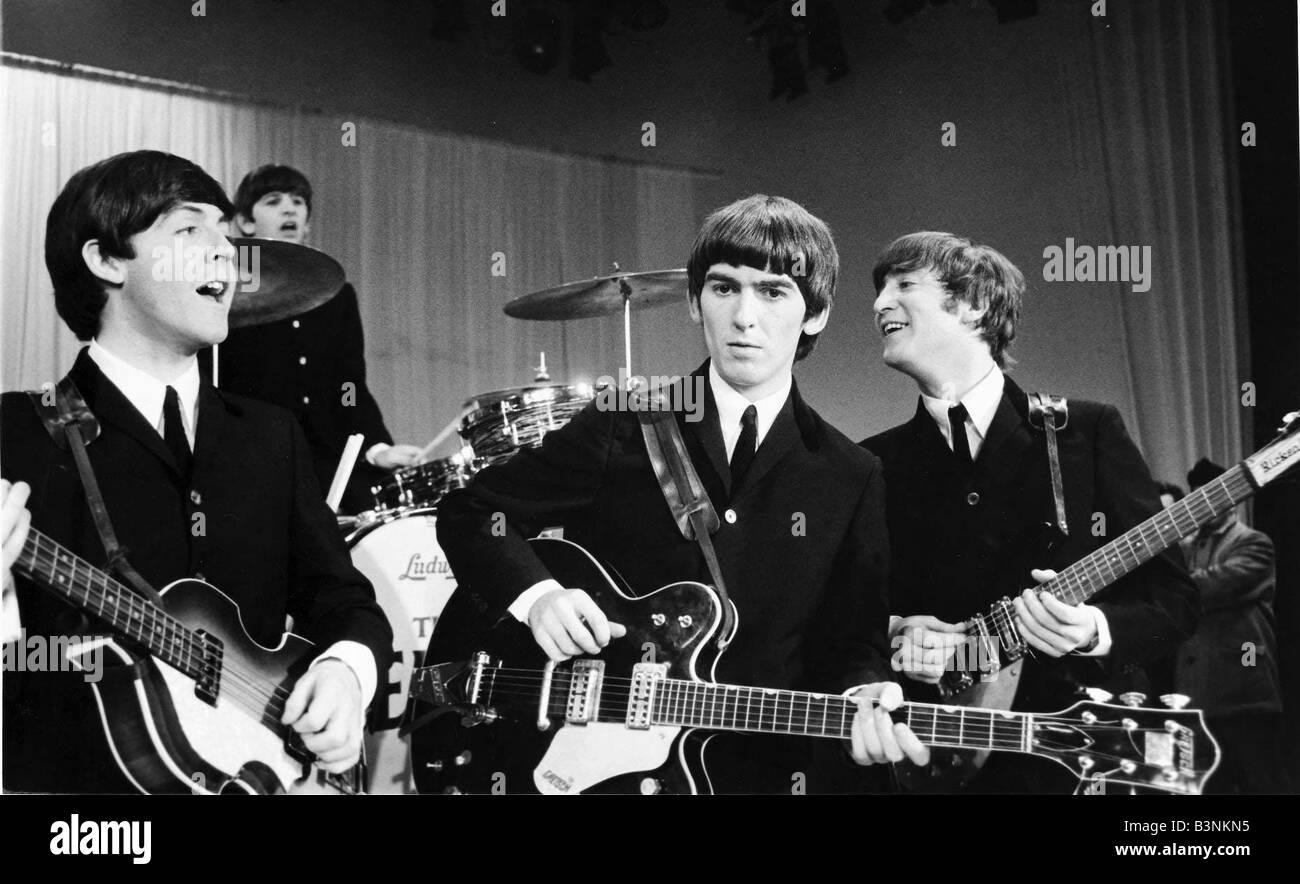 Beatles Files 1964 John Lennon Paul Mccartney George Harrison And Stock Photo Alamy