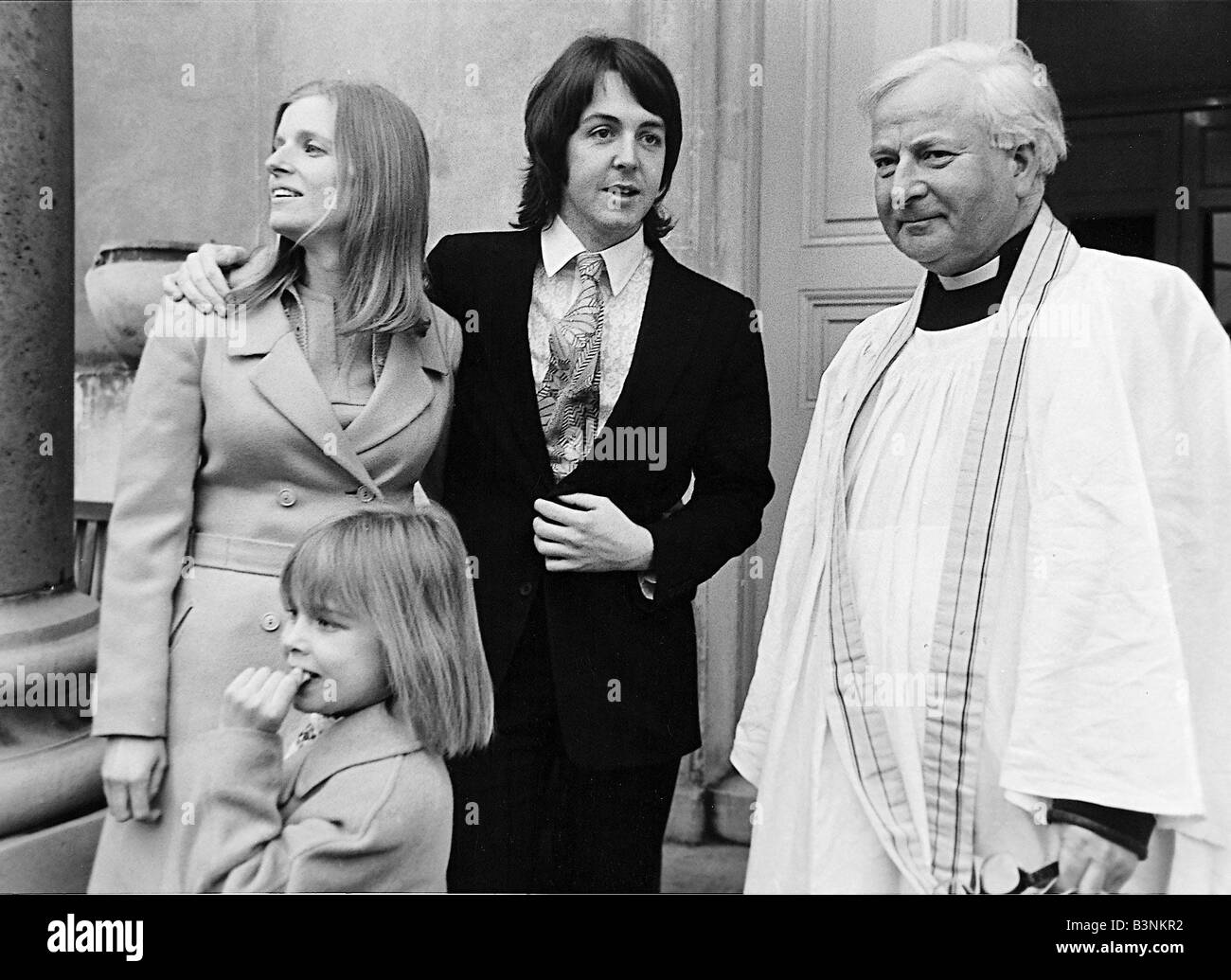Beatles 1969 Paul McCartney Marries Linda Eastman At Church With Her