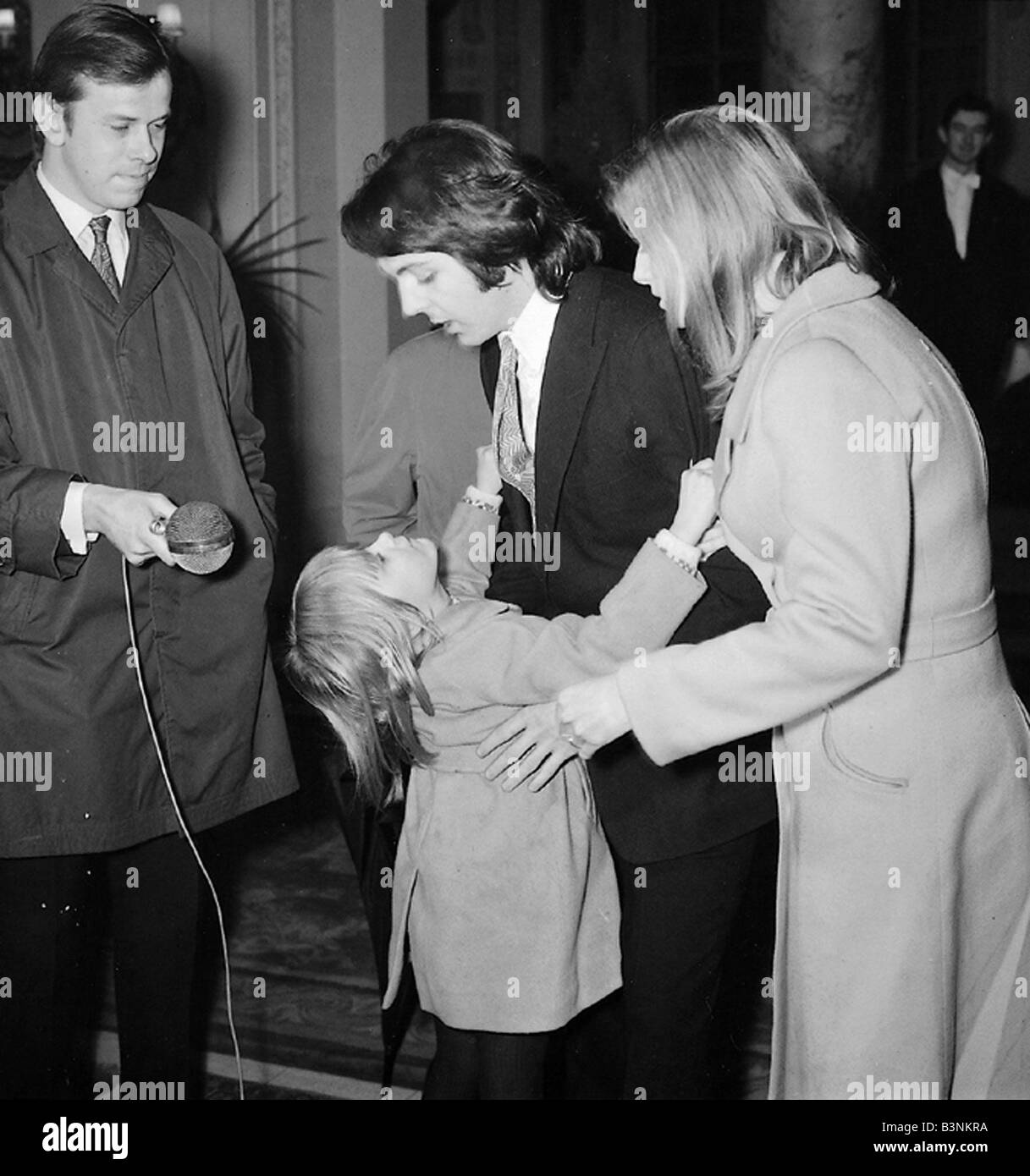 Beatles Files 1969 Paul McCartney On His Wedding Day To Linda With Daughter Heather March