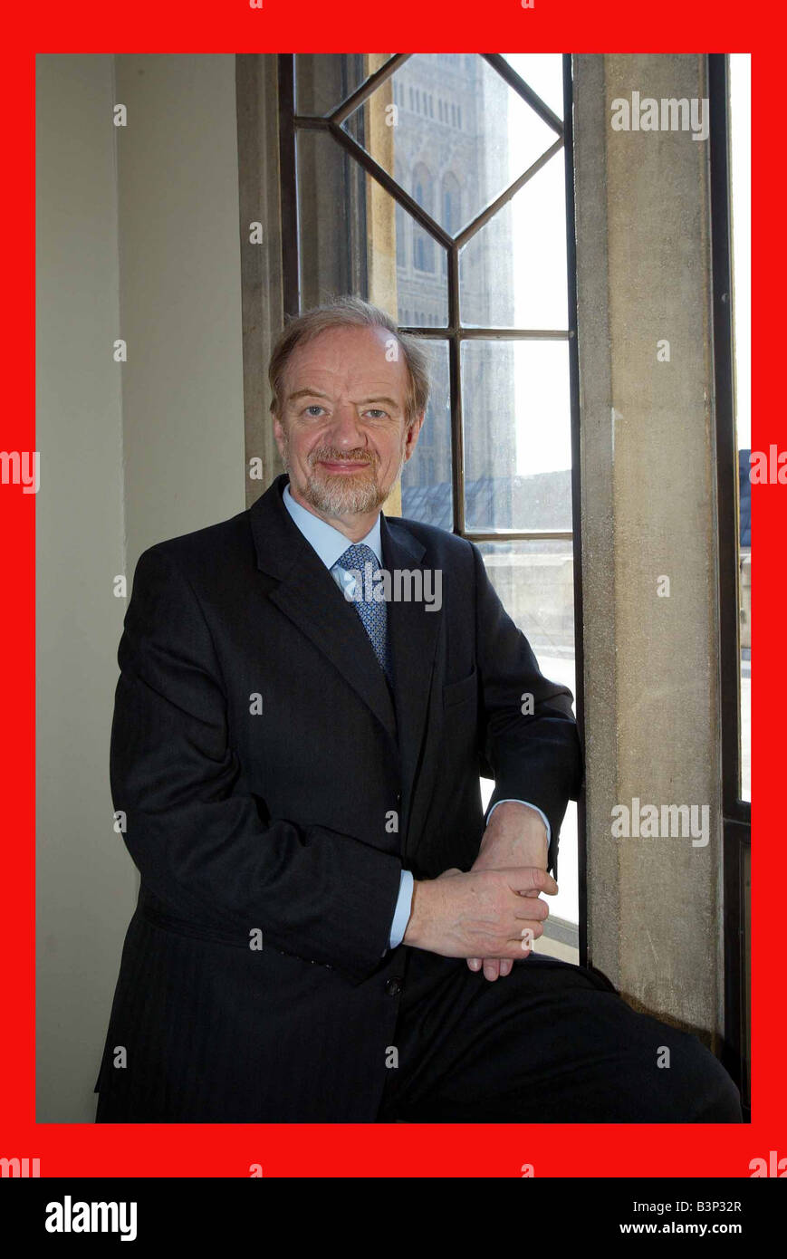 Robin Cook MP in the House of Commons February 2002 - Stock Image