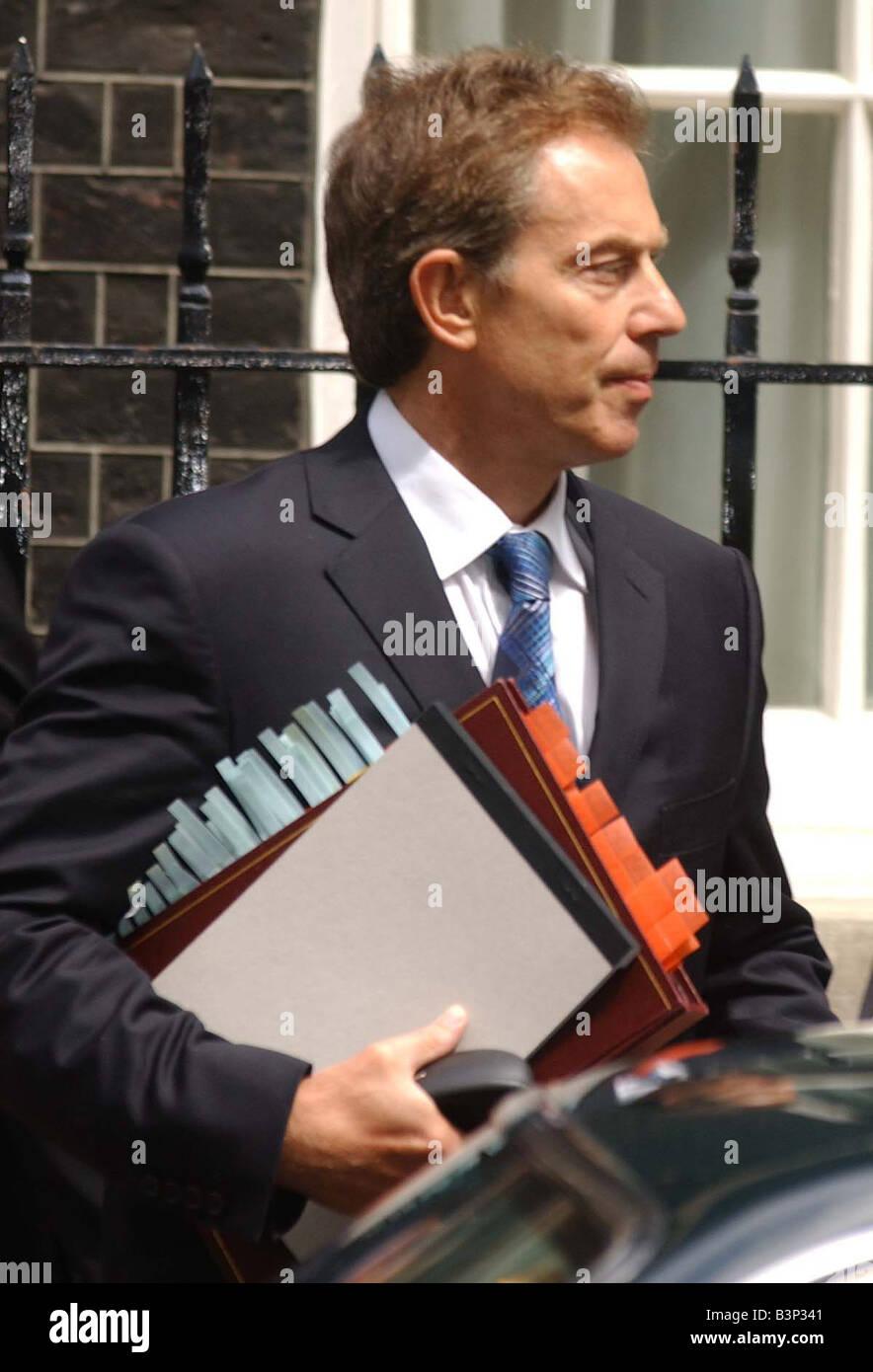 Tony Blair leaving Downing Street in June 2003 - Stock Image